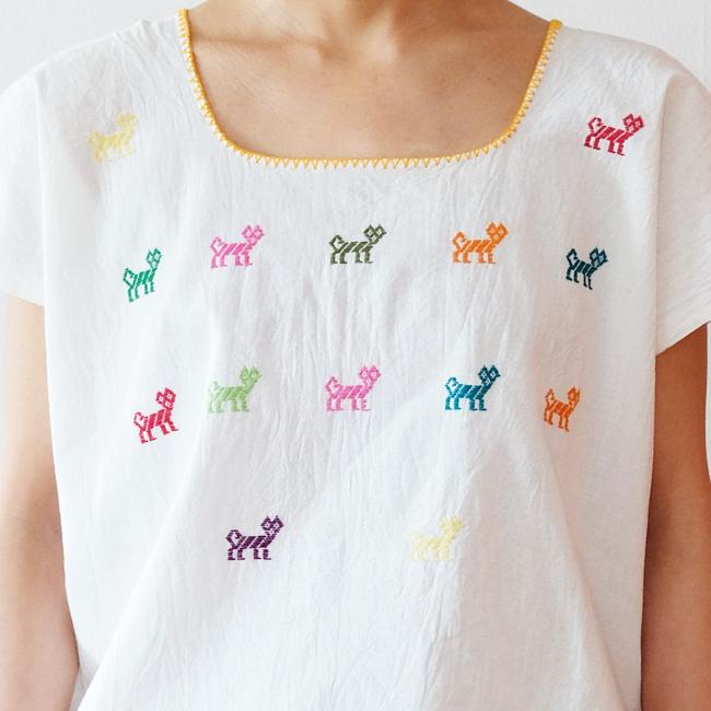 猫の刺繍ブラウス /259a/ MEXICO メキシコ