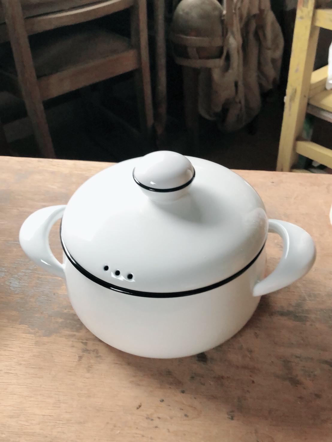 アリス・アリッサ ホウロウ鍋