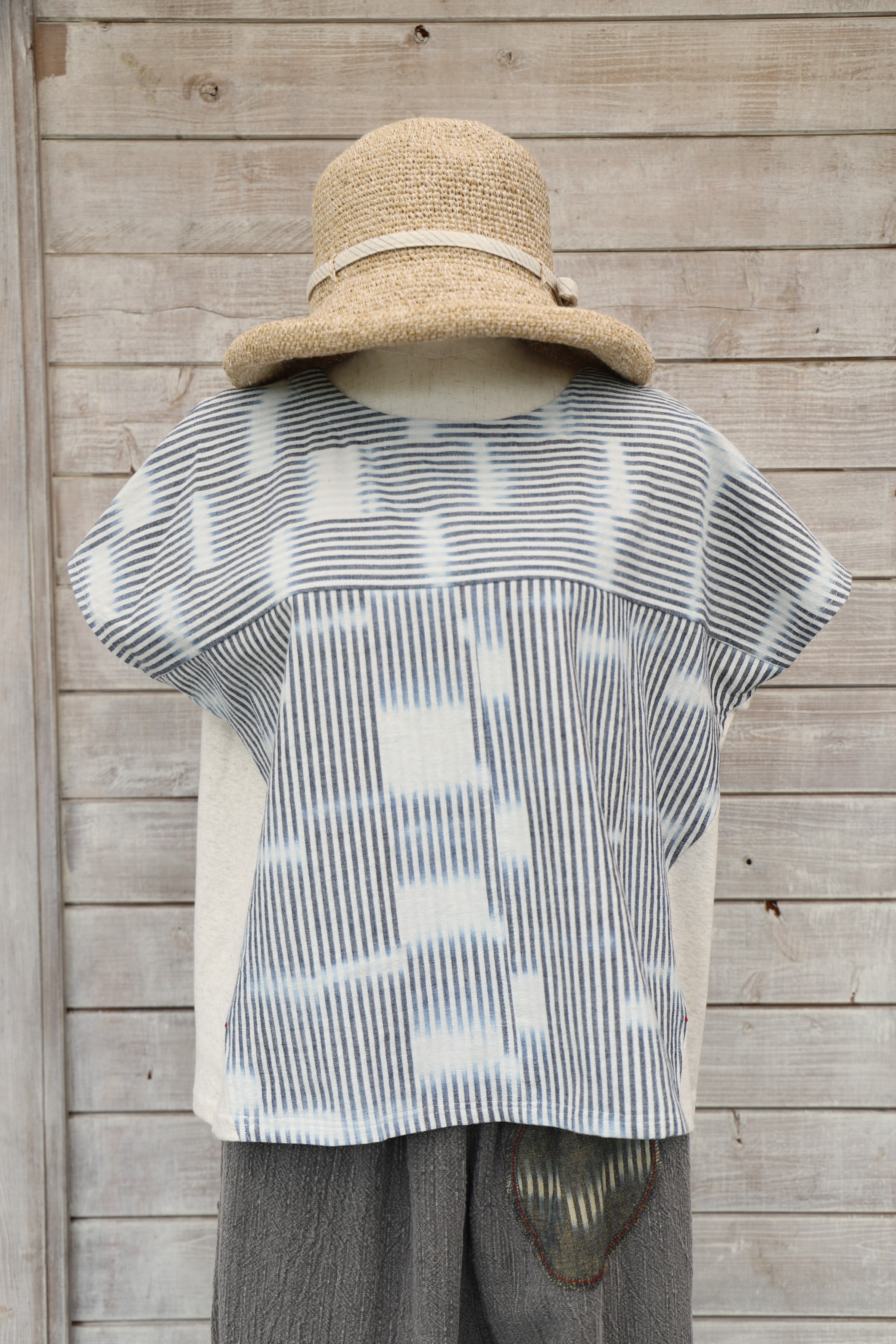 ブラウスTシャツ BL27  白絣(K64白絣)×生成