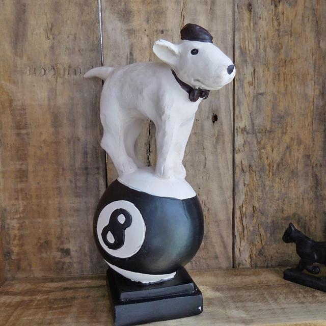 (130) コベントガーデン ブルテリア エイトボール 犬の置物