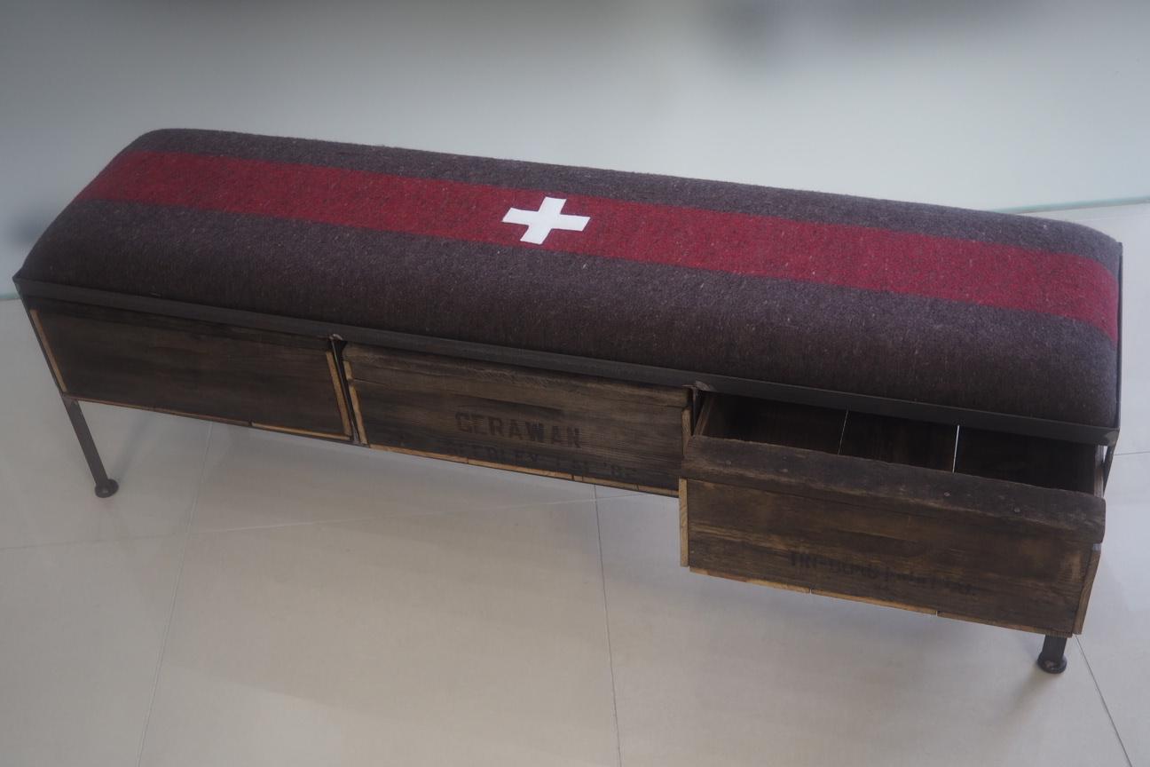 品番UEM3-107  3drawer ottoman[narrow/European military blanket]