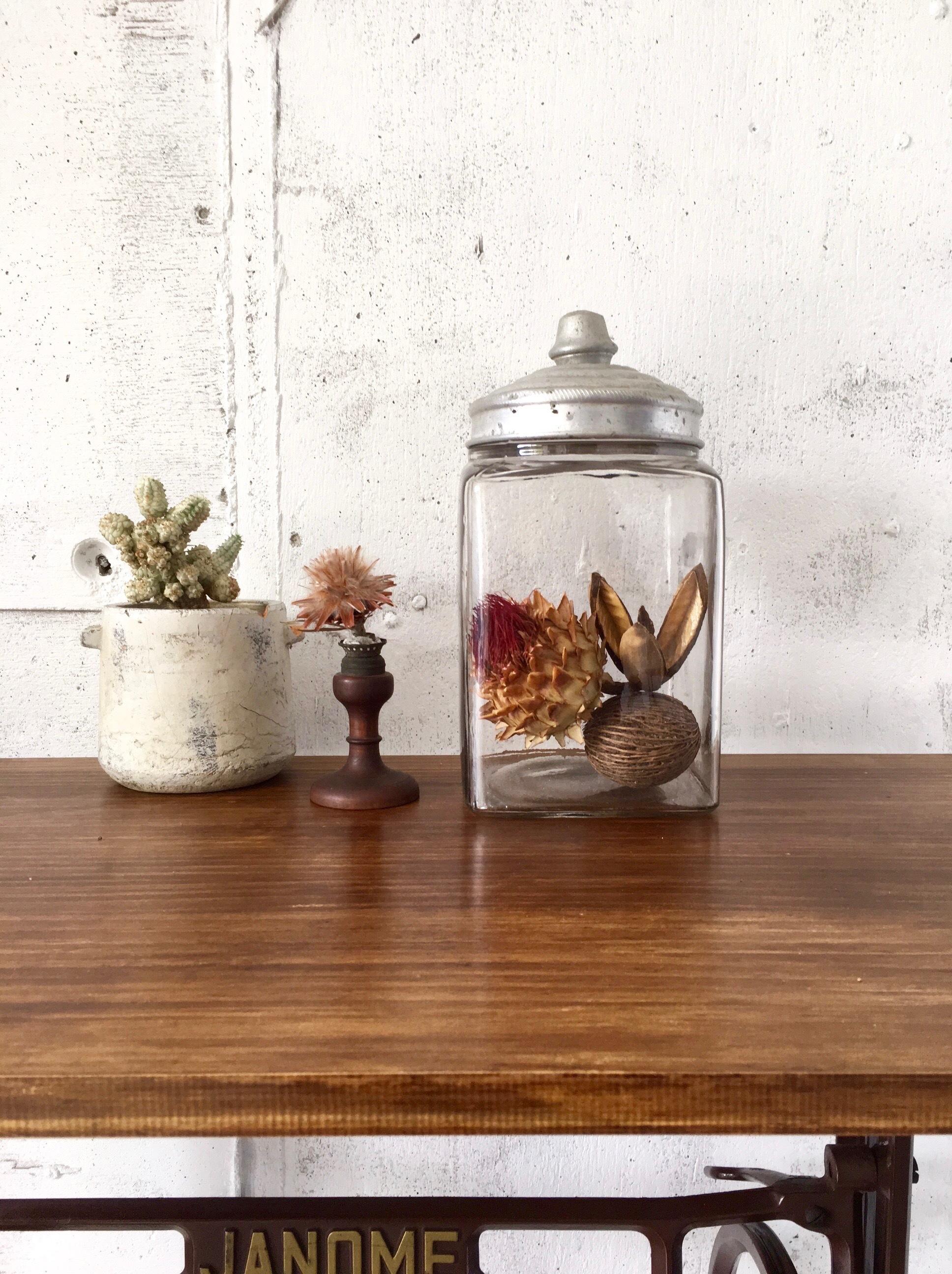 レトロなガラス瓶[古道具]