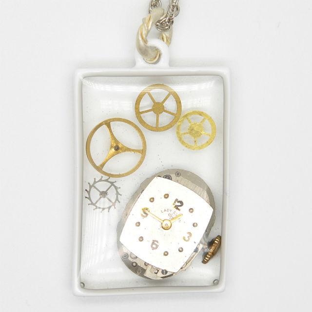 ネックレス(四角・腕時計基盤)