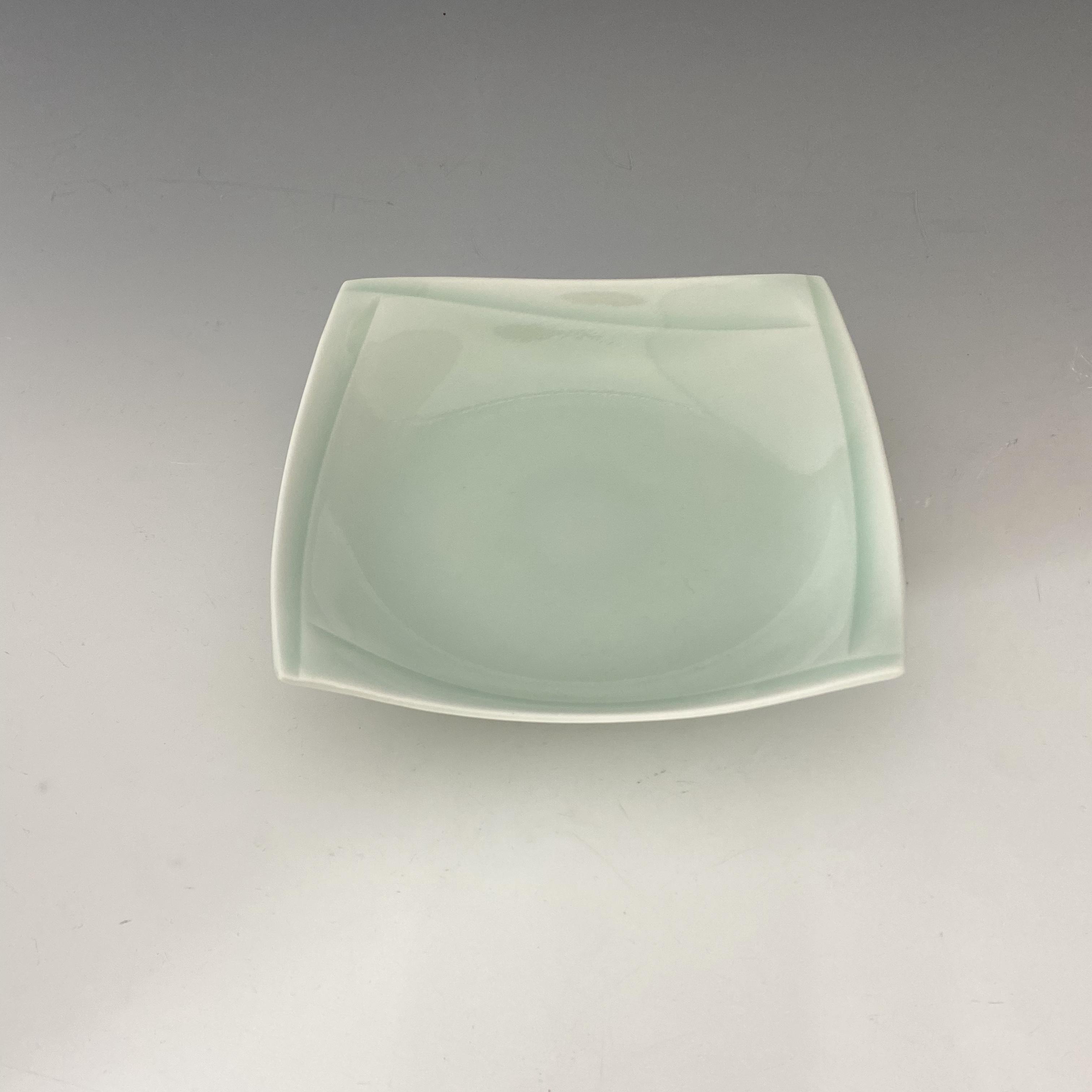 【中尾純】青白磁彫角皿