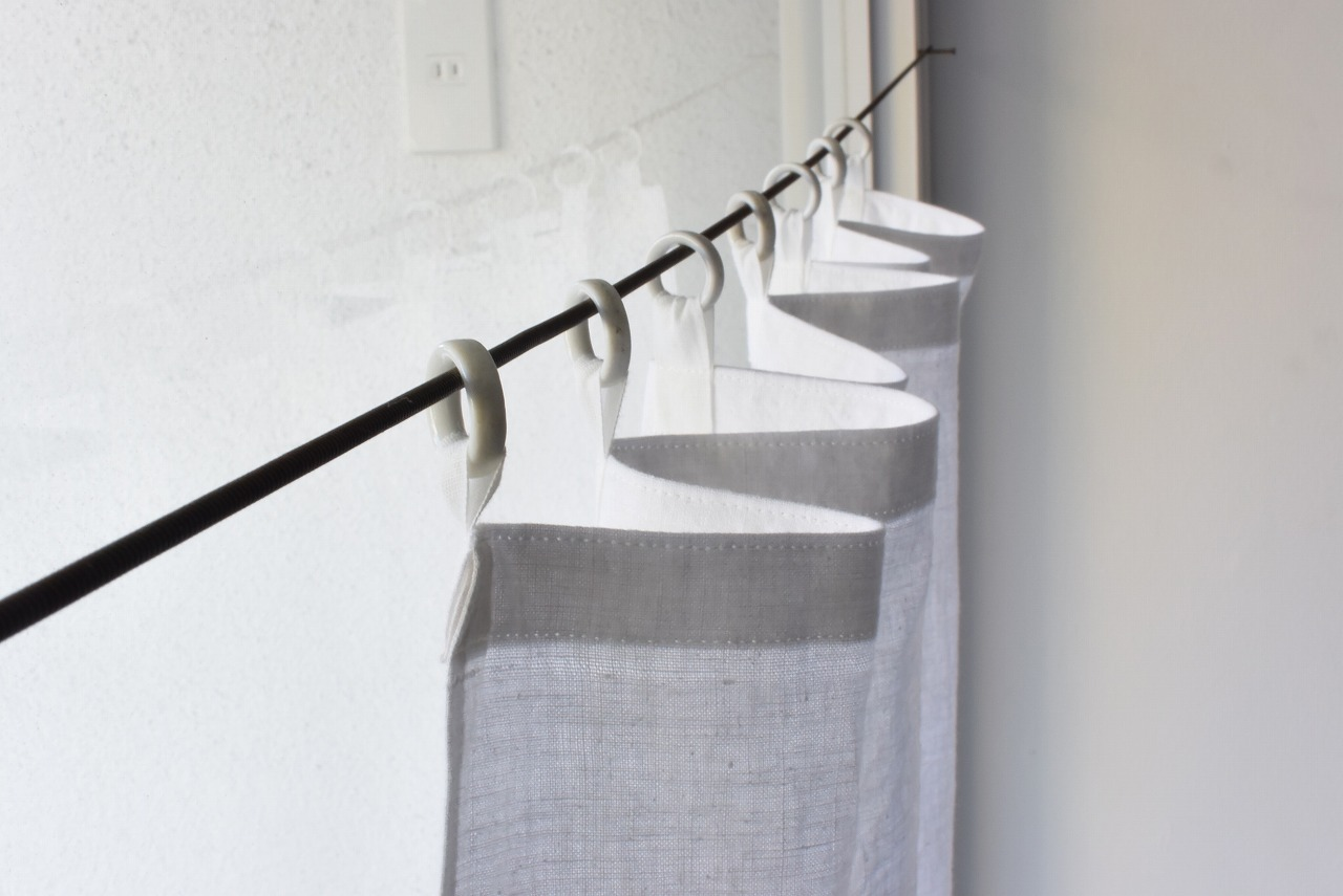 白磁リングの古布カーテン③
