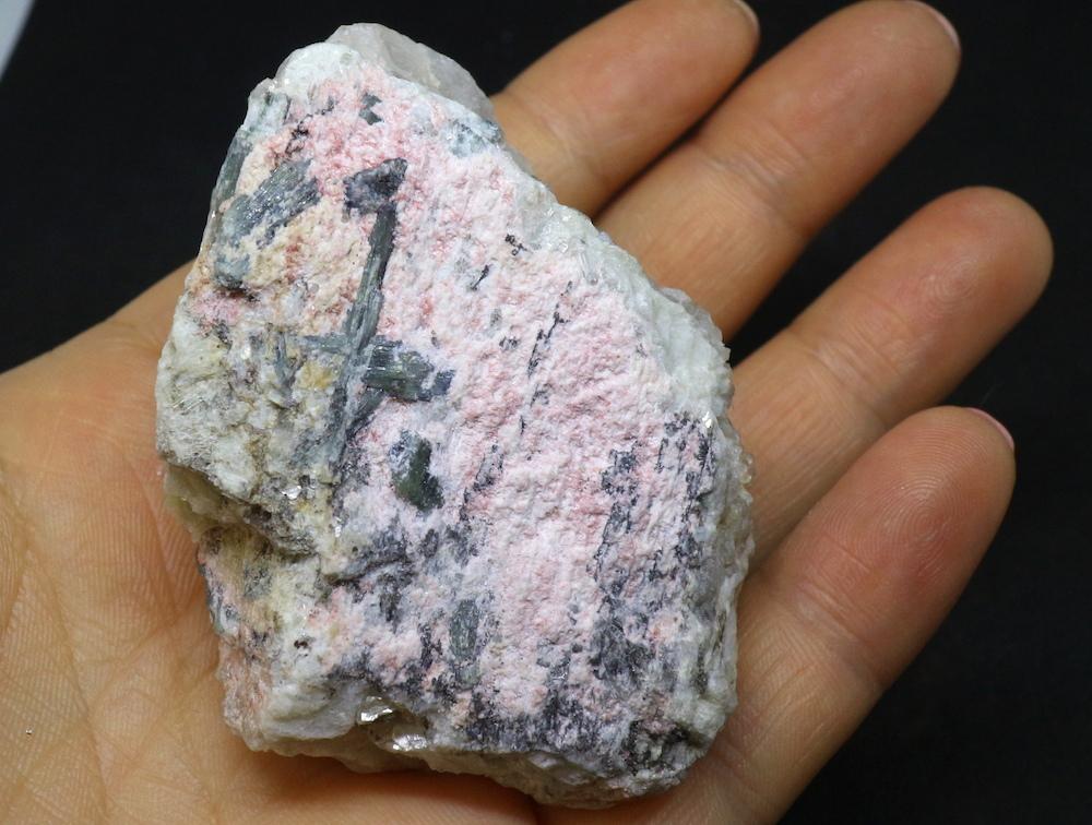 カリフォルニア産!ブルーグリーントルマリン 116,2g 原石 鉱物 標本 T039