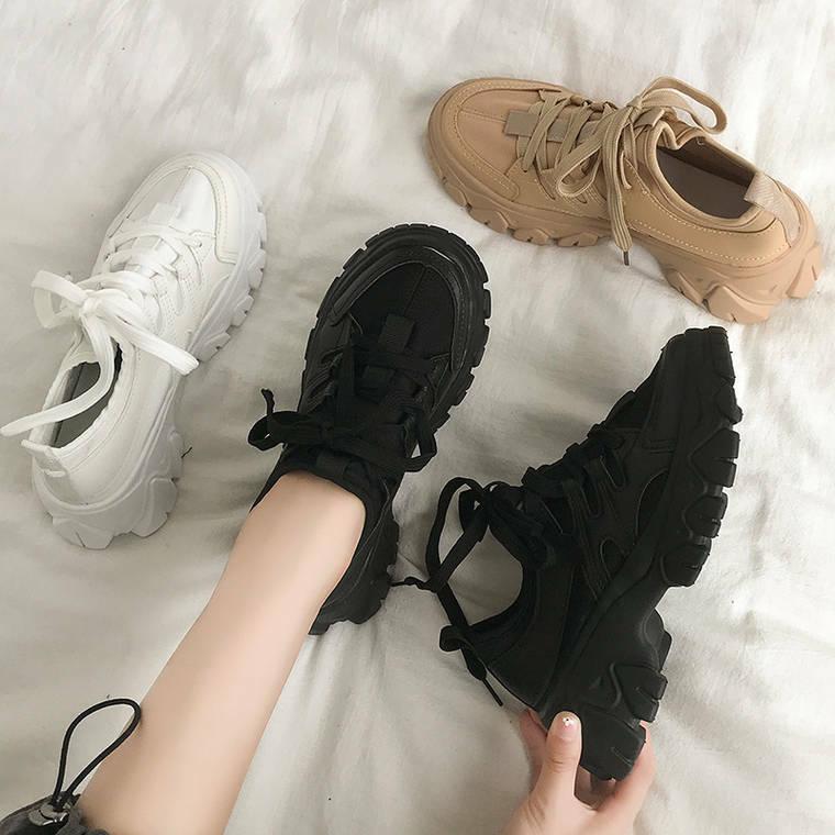 【送料無料】 ソールデザインがポイント♡ 厚底 スポーティ スニーカー 靴紐 脚長 美脚メイク ダッドシューズ
