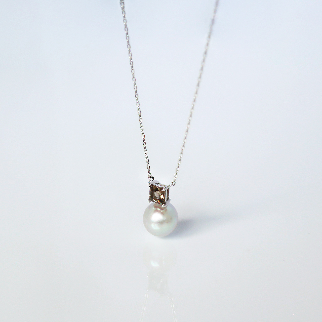 ELEMENTS / Necklace (Grey)