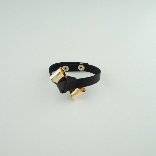 ribbon bangle Black