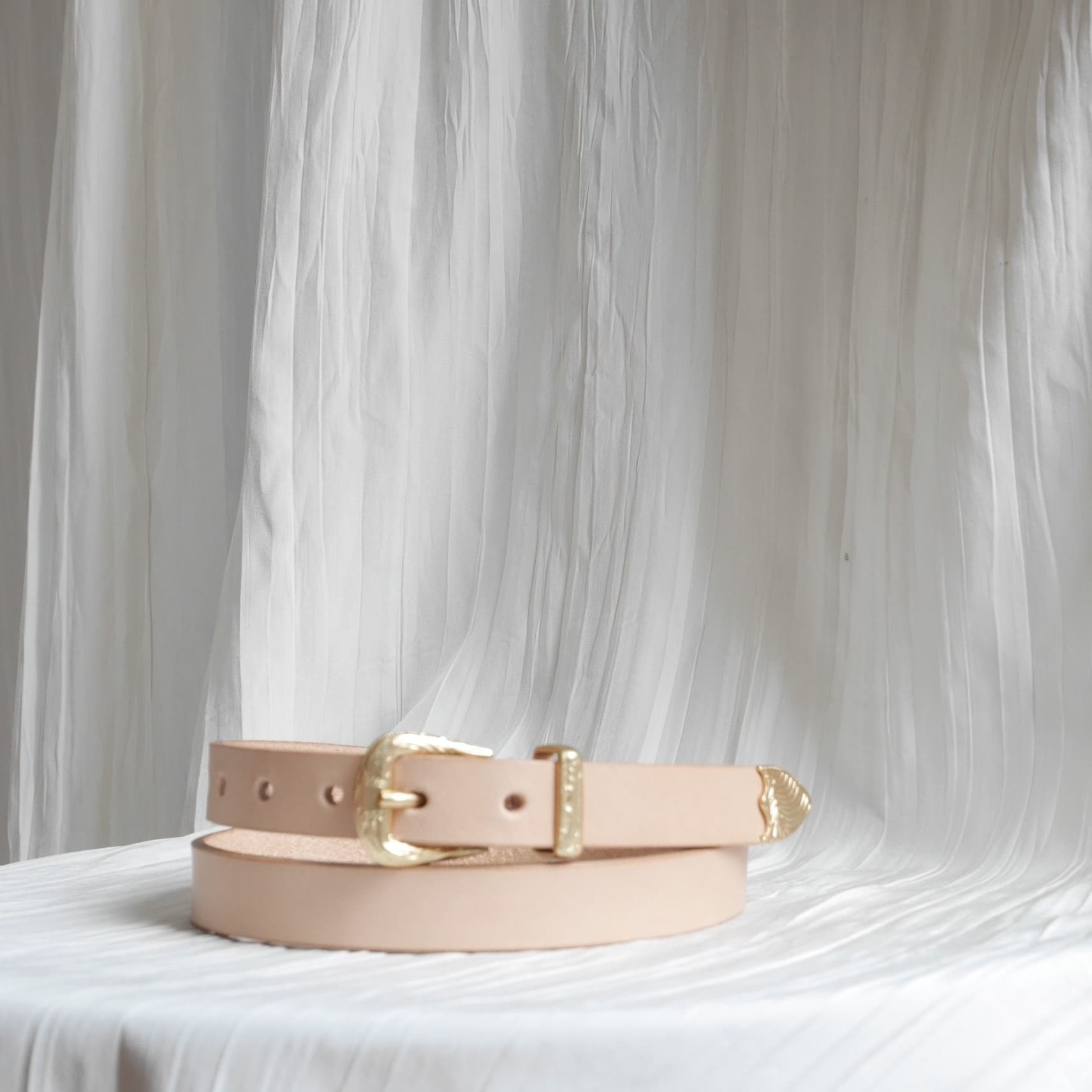 LEATER BELT 20 /NUDE×GOLD BUCKLE