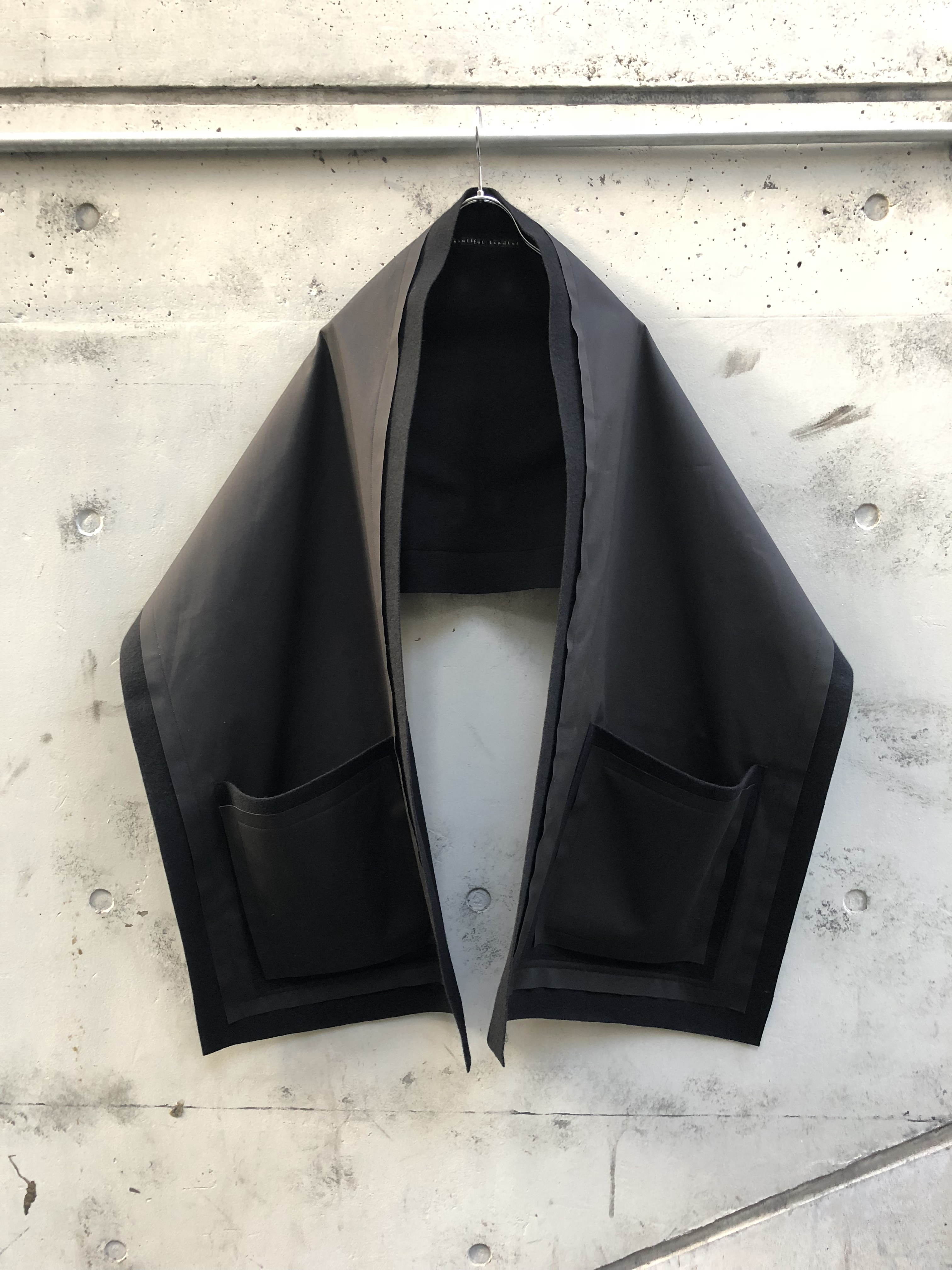 【my beautiful landlet】wool×cotton rayerd stole BLACK