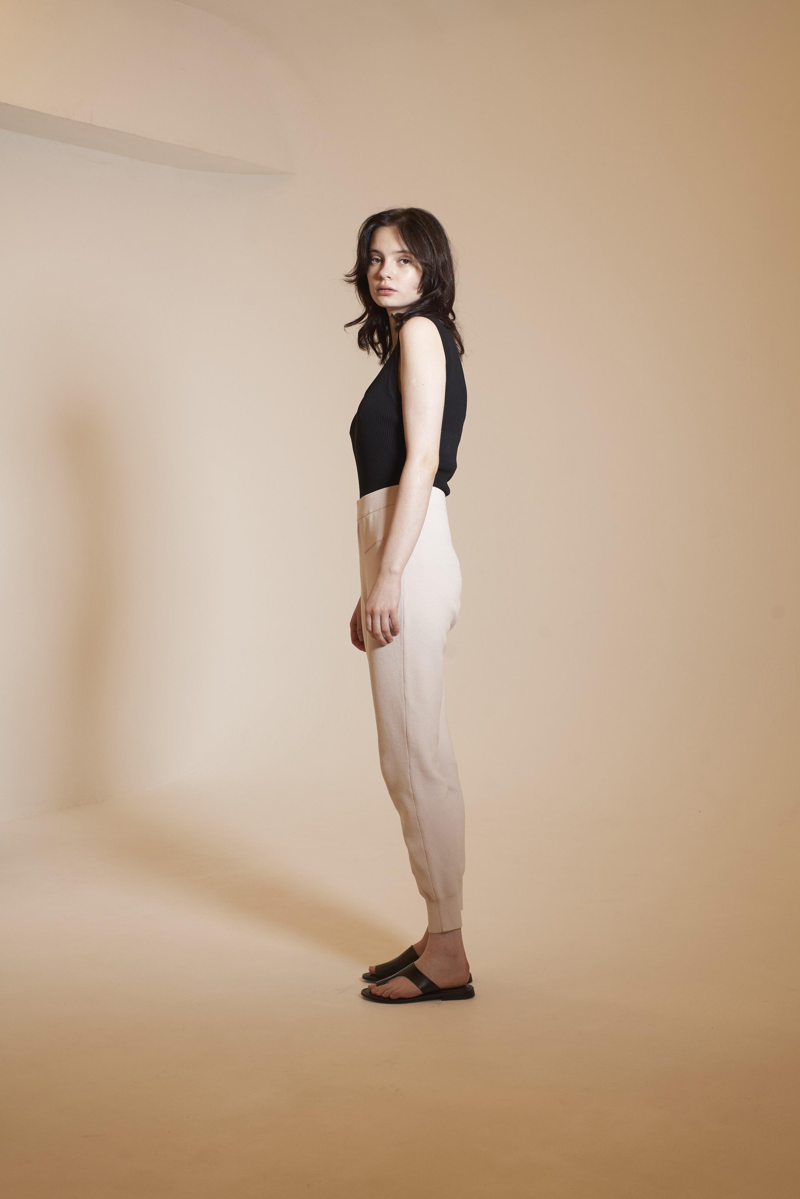 NICENICE MOMENT JOGGER PANTS