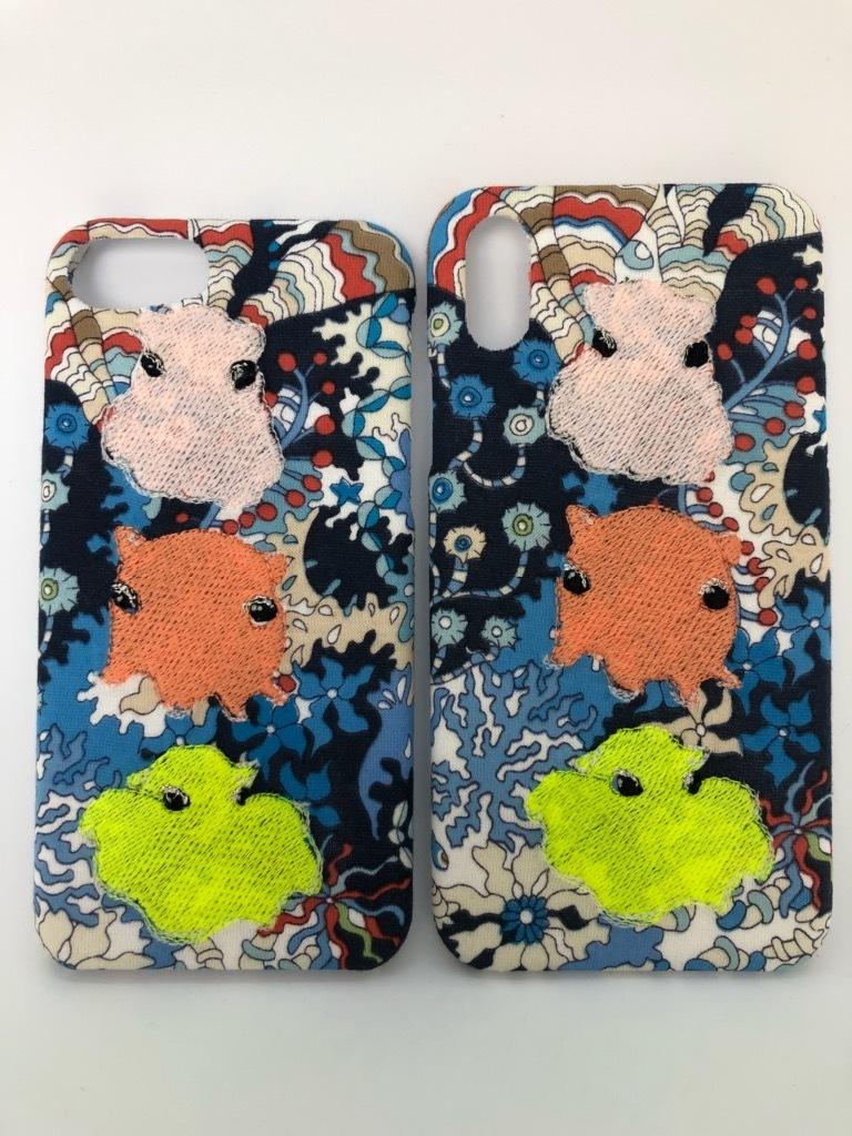 【在庫あり即納品】光る刺繍iPhoneケース メンダコトリオA【深海シリーズリバティプリント】