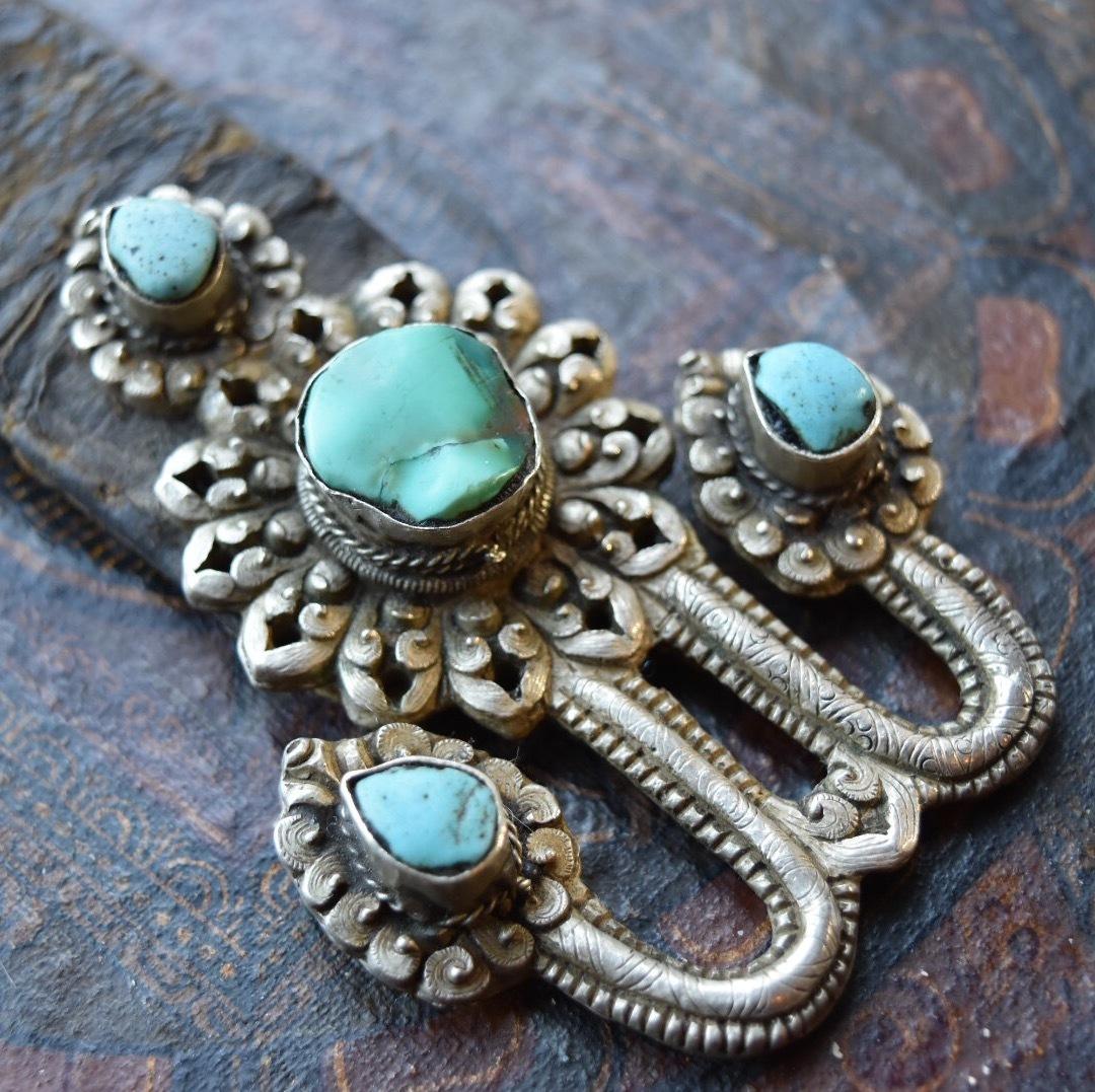 チベタンターコイズ 銀製装飾品ローズィー