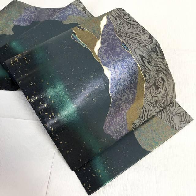 【逸品クラス】袋帯作家物落款入りらでん細工箔墨流し織出し緑×黒六通
