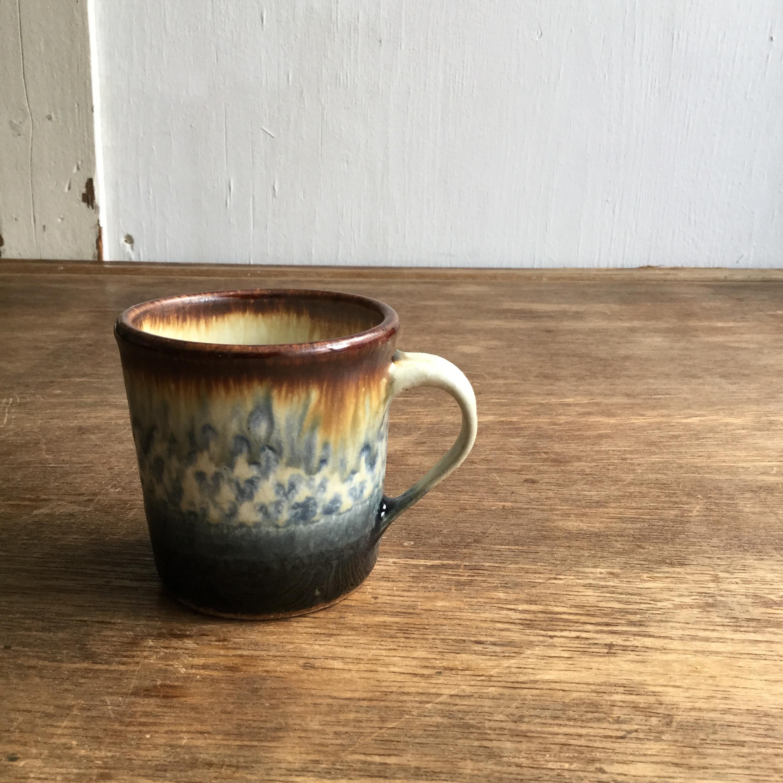 【蓮見かおり】 マグカップ a φ8.7㎝×8.7cm - 画像1