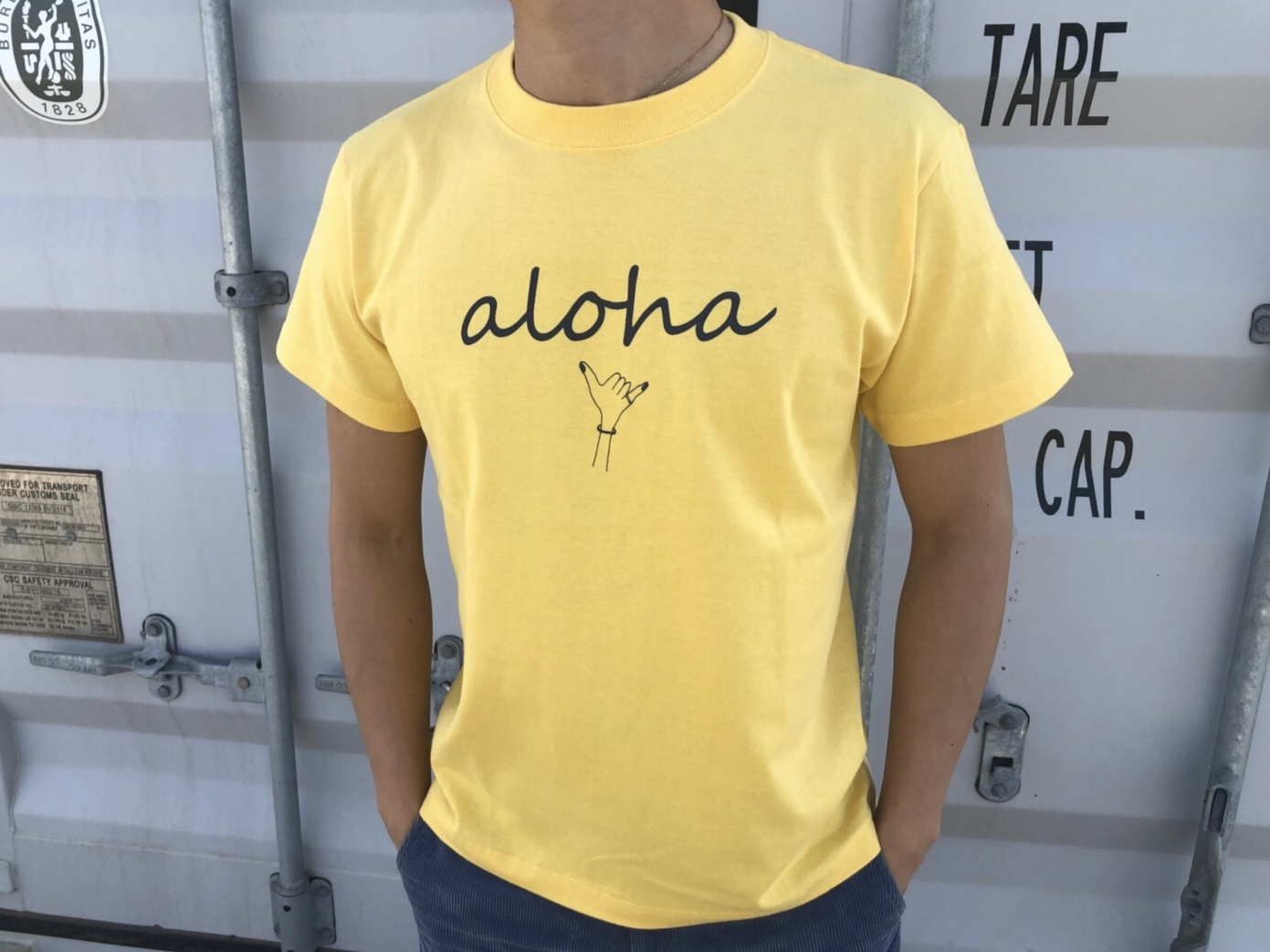 【7/3 21:00再入荷】(Fine7月号掲載) alohaサイン Tシャツ(vintage yellow)