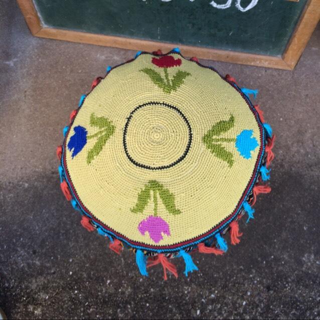 le bourgeon(ル・ブルジョン) スツール          植物の芽・つぼみ