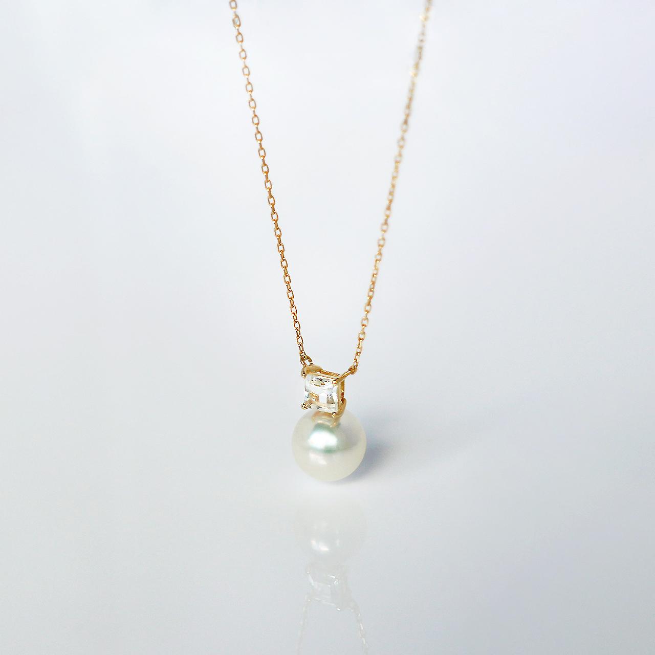 ELEMENTS / Necklace (White)