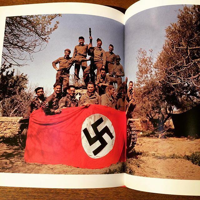 写真集「The Paris Years 1933-54/Robert Capa」 - 画像2