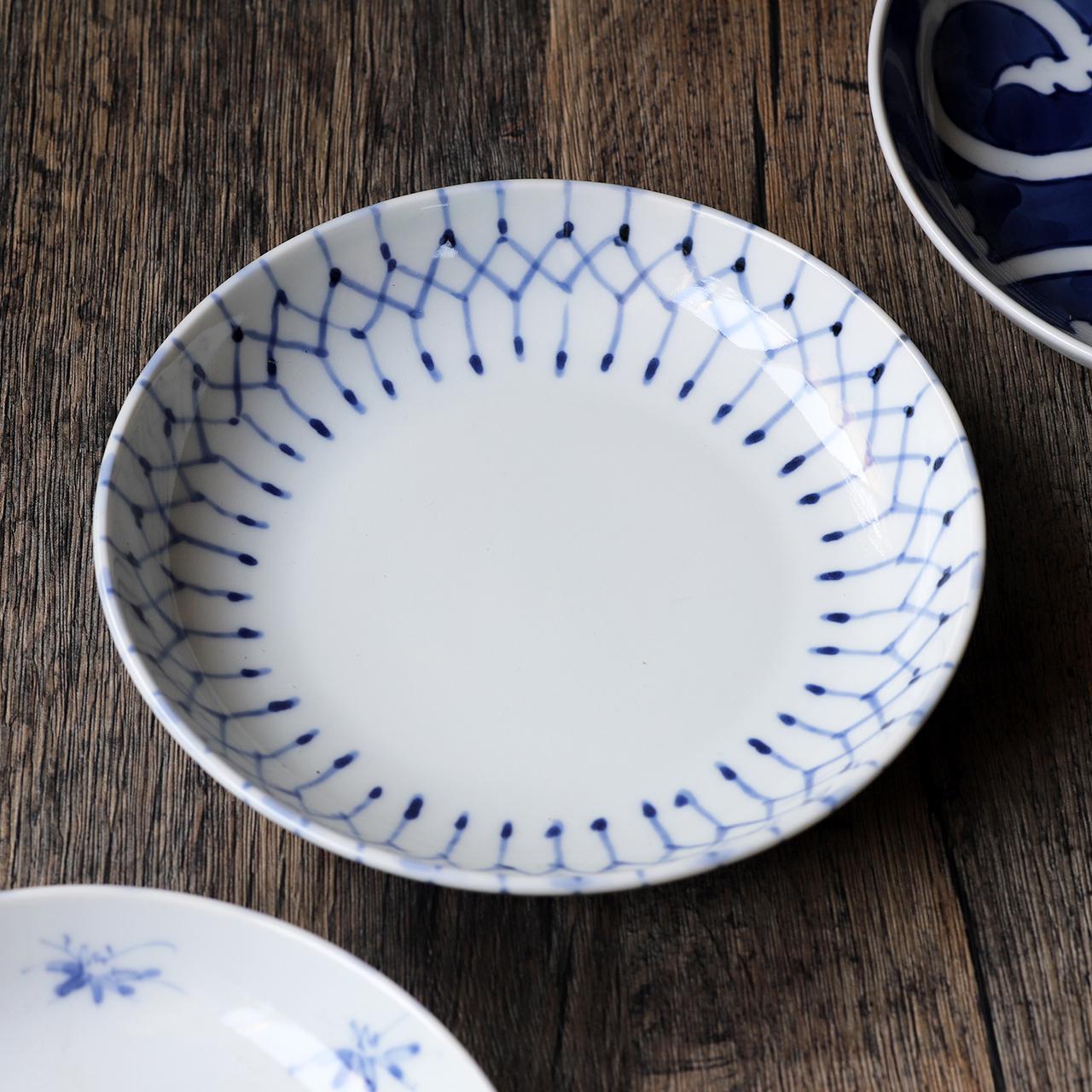 和格子 5寸皿 作:井手國博・与志郎窯(有田焼)