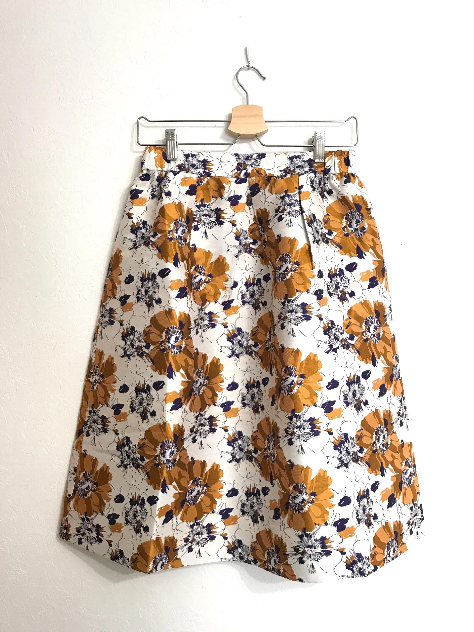 しっかり生地のジャガード織りスカート オレンジ