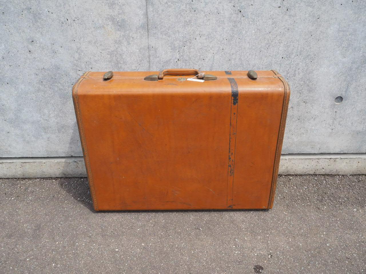 品番1083 スーツケース