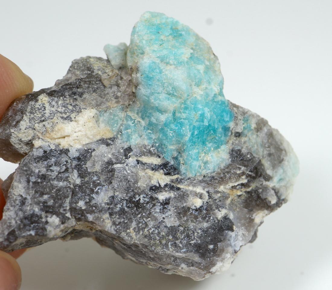 自主採掘!アマゾナイト カリフォルニア産 原石  36,5g AZ0045 天河石(てんがせき) 鉱物 天然石