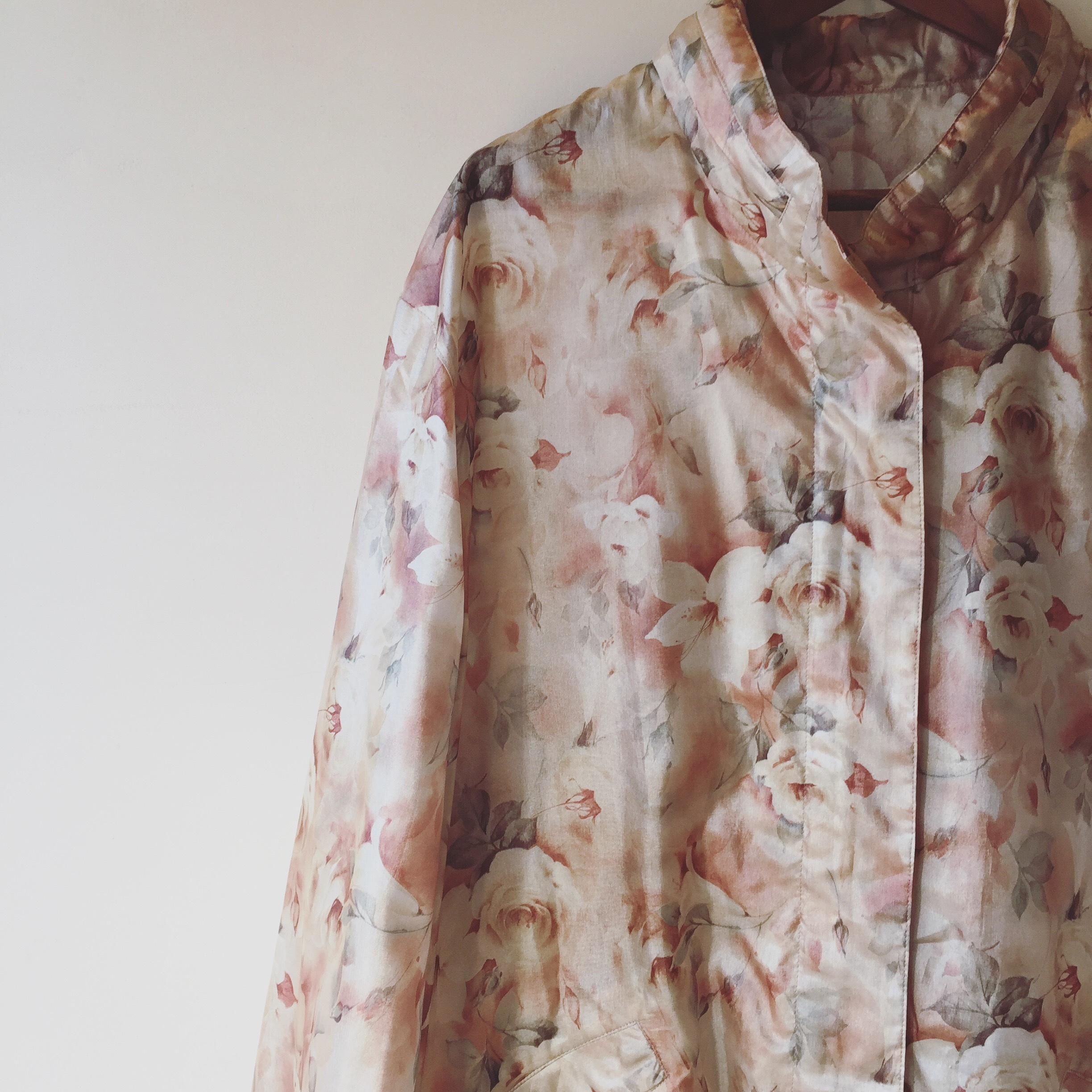 vintage flower design outer