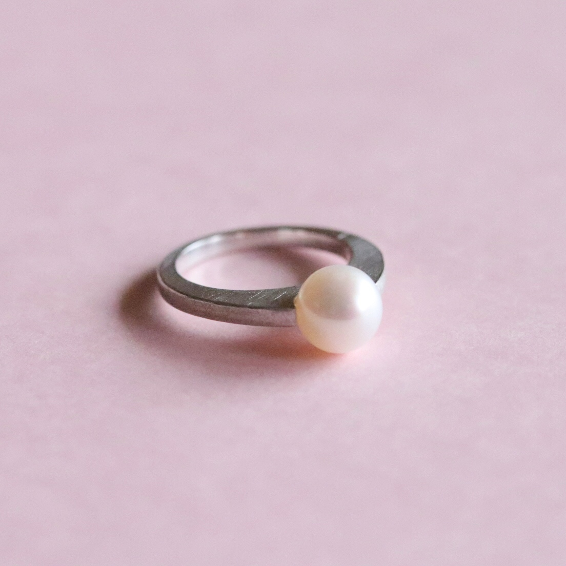 Pearl Ring (Silver) (R18-28)