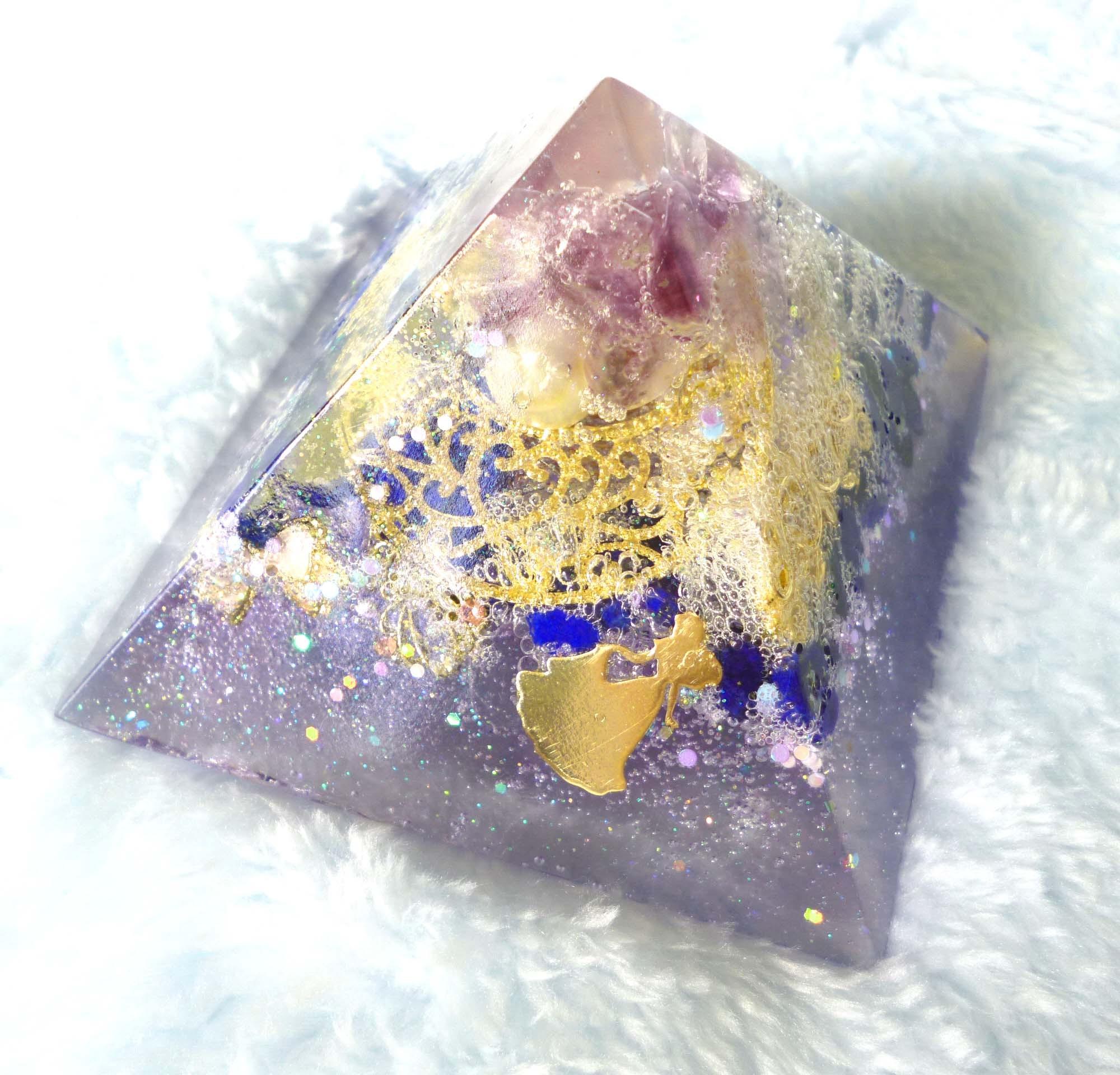 紫姫 ピラミッド型オルゴナイト