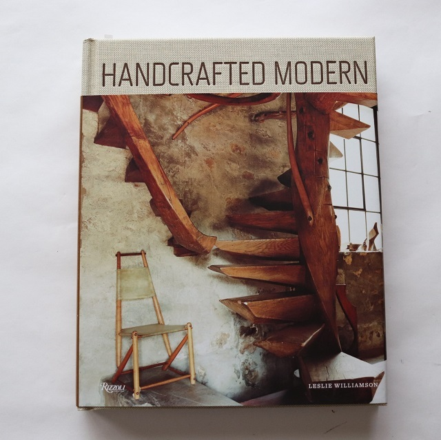 Handcrafted Modern: At Home with Mid-century Designers / Leslie Williamson
