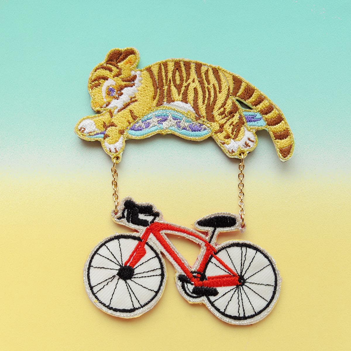 タイガーバイク/ブローチ