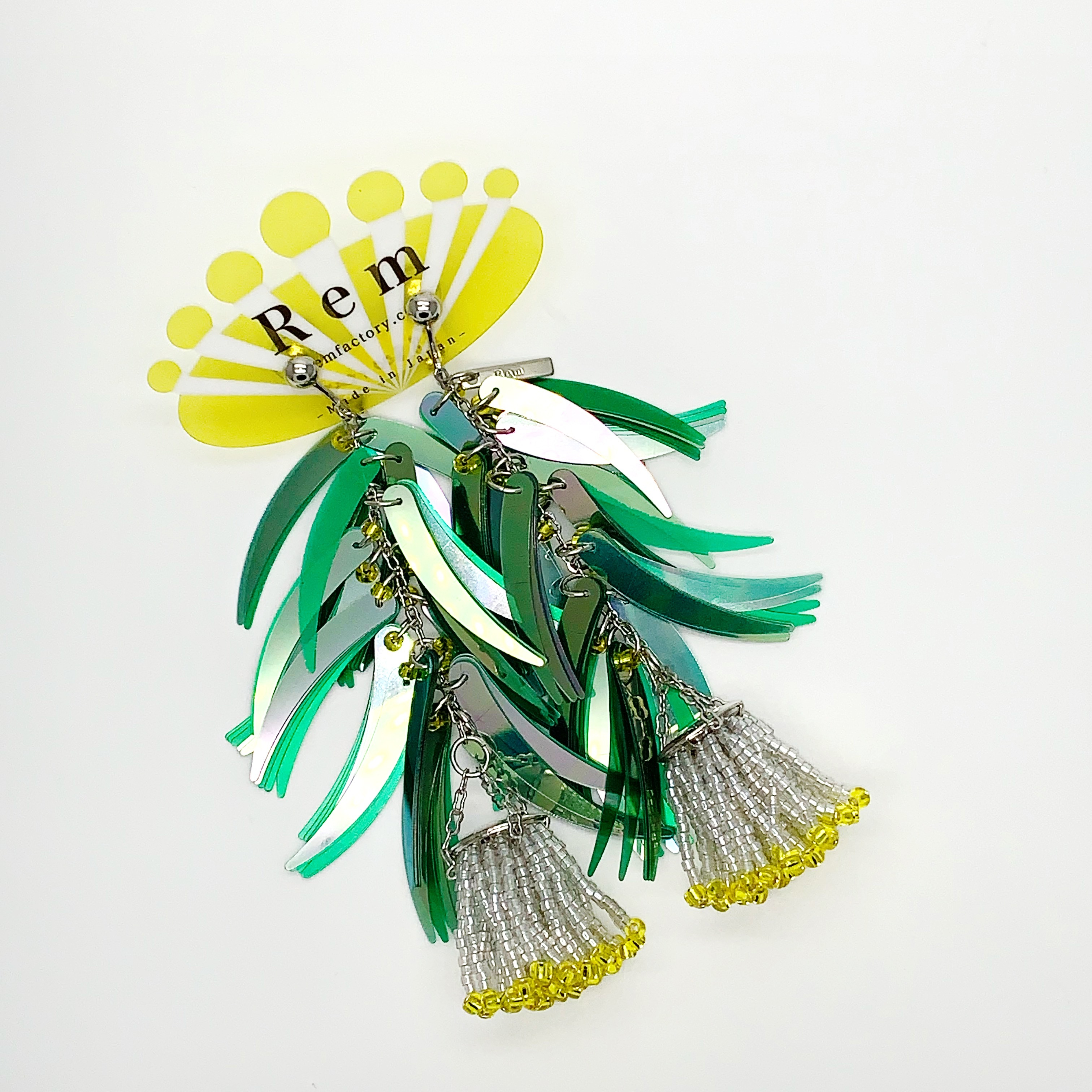 Rem つぼみ耳飾りグリーン イヤリング