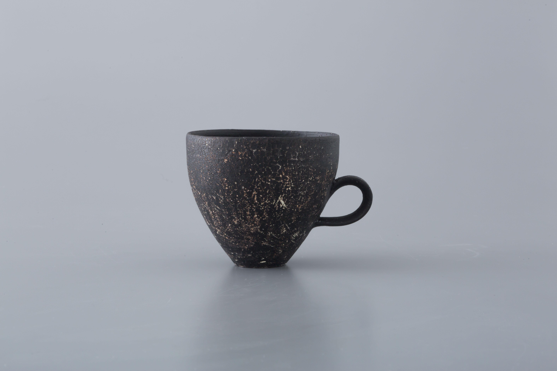 Mug cup (黒) / 大澤 哲哉