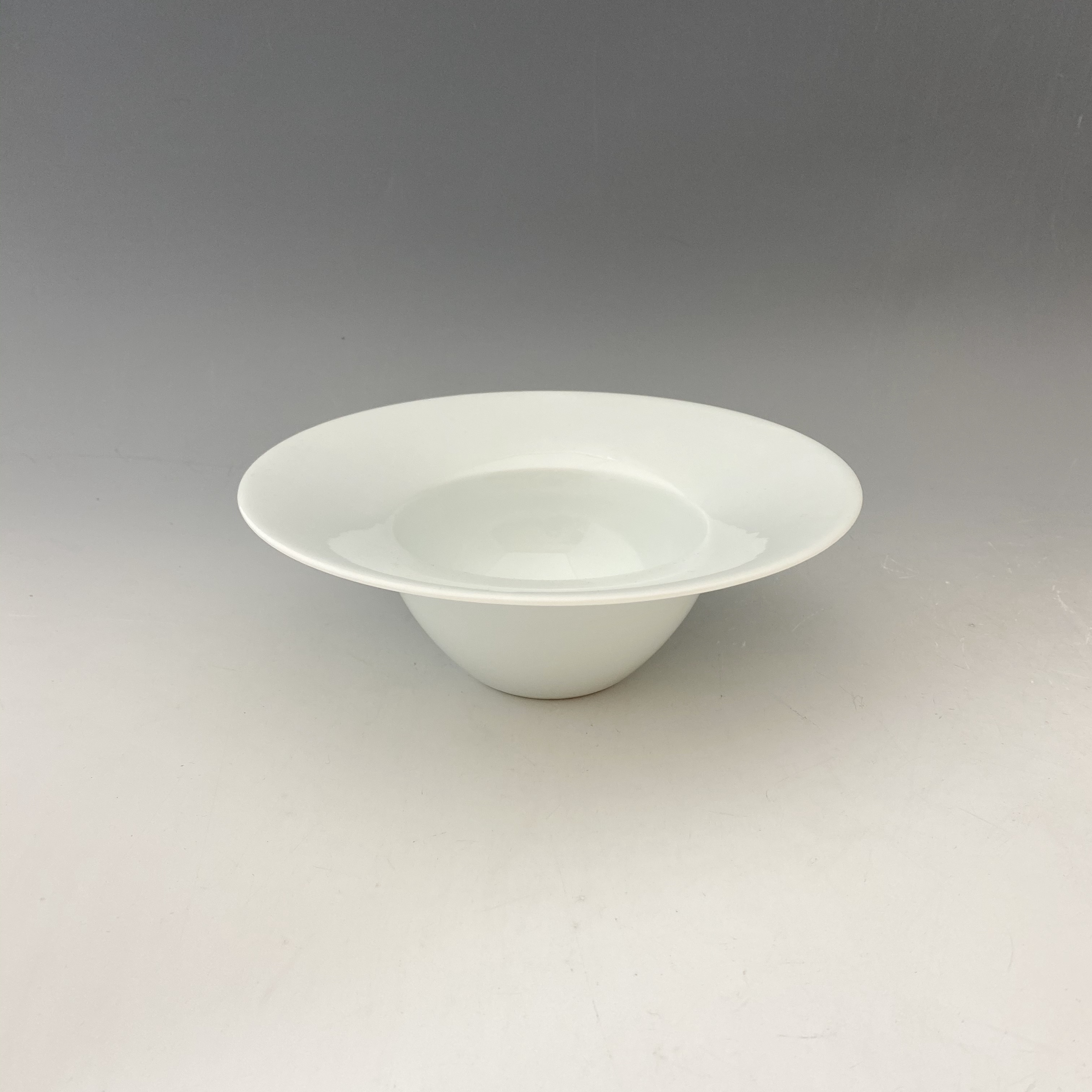 【中尾恭純】白磁スープ碗(小)