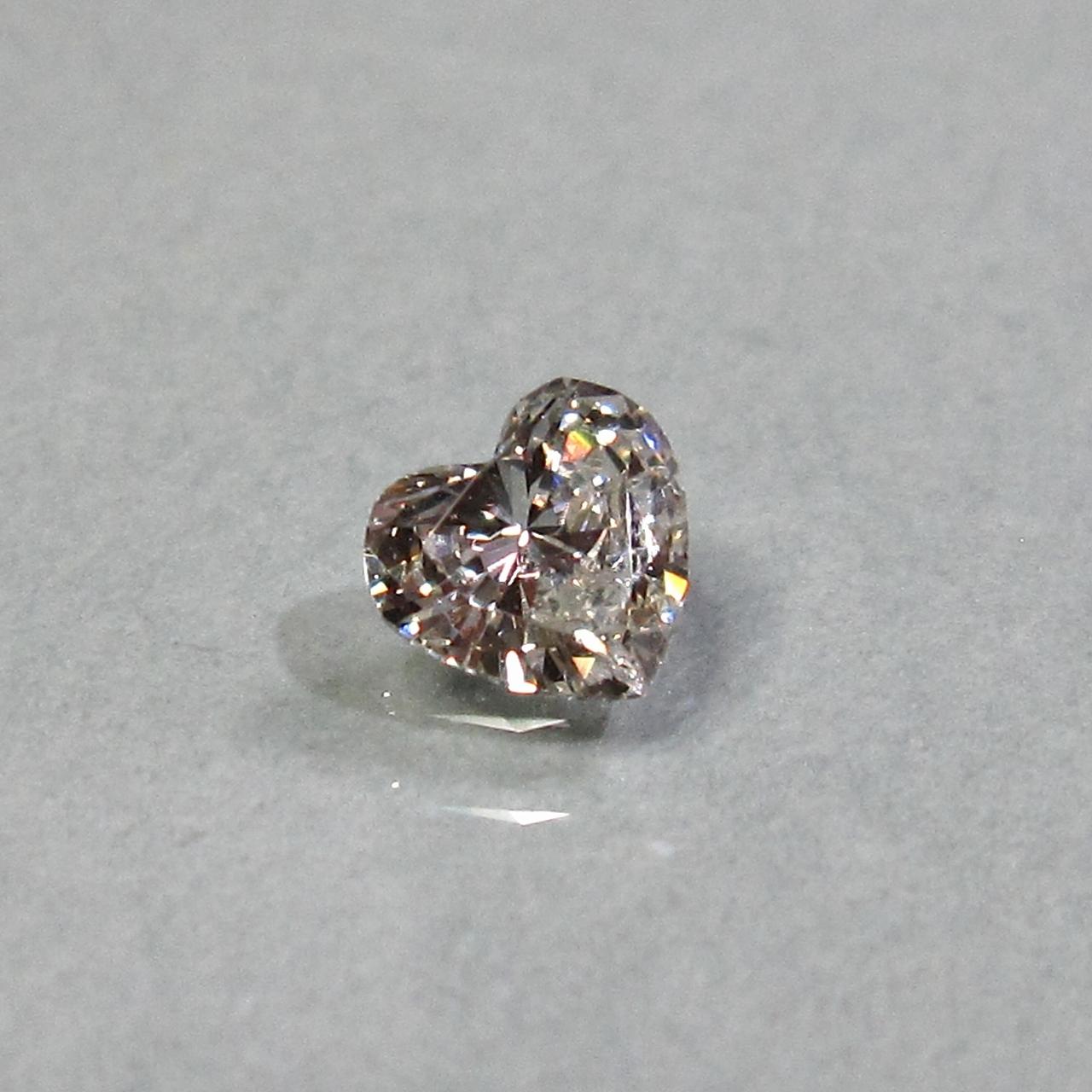 ダイヤモンド ハートシェイプ 0.362CT