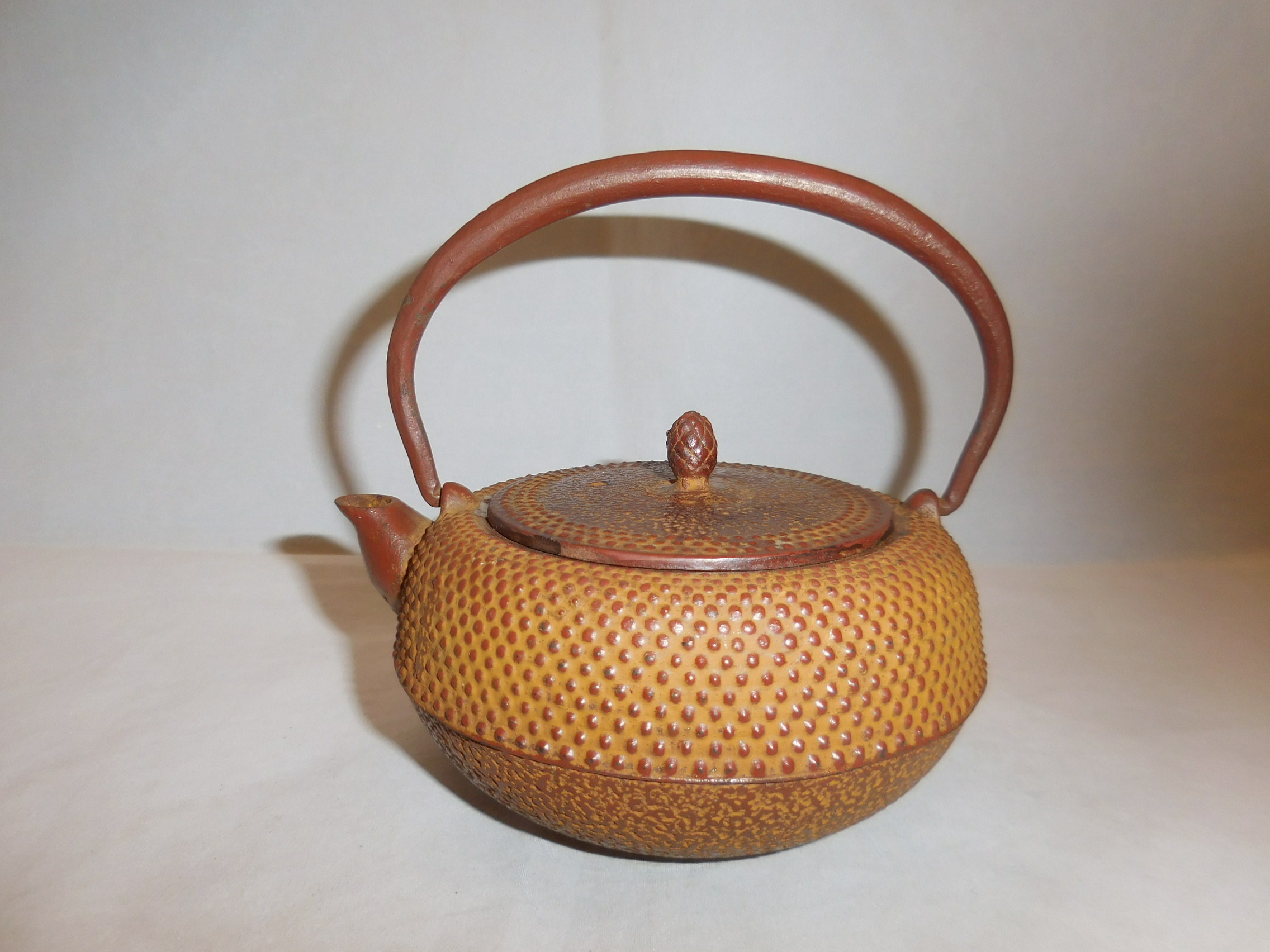 鉄瓶(茶、あられ)iron kettle(brown color hail)(No21)