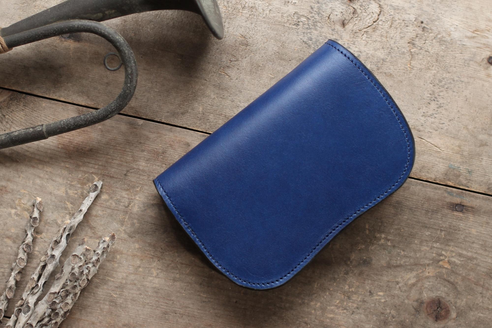 藍染革[migaki] 二つ折り財布