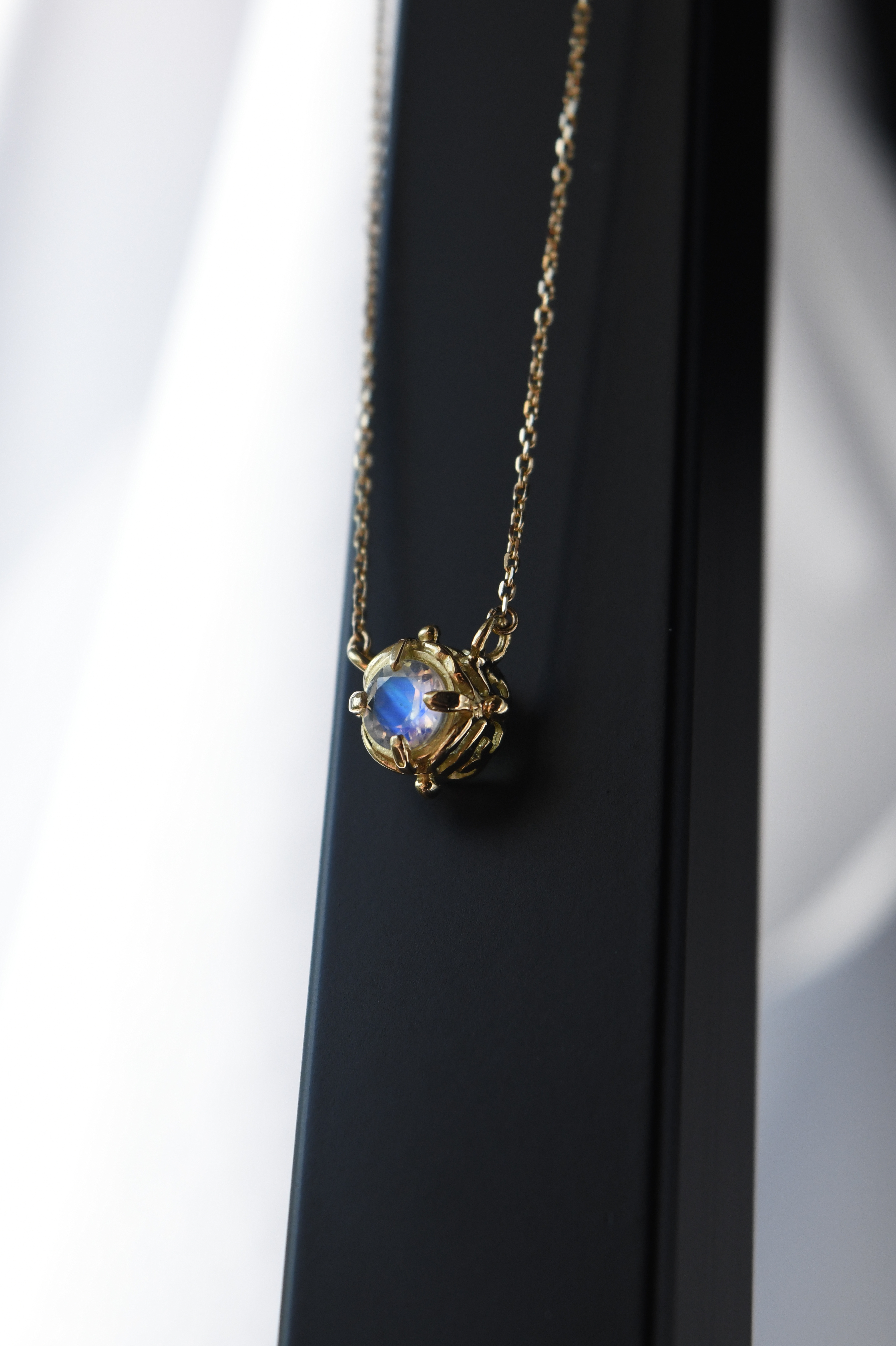 K18 Royal Blue Moonstone Abyss Design Necklace 18金ロイヤルブルームーンストーンアビスデザインネックレス