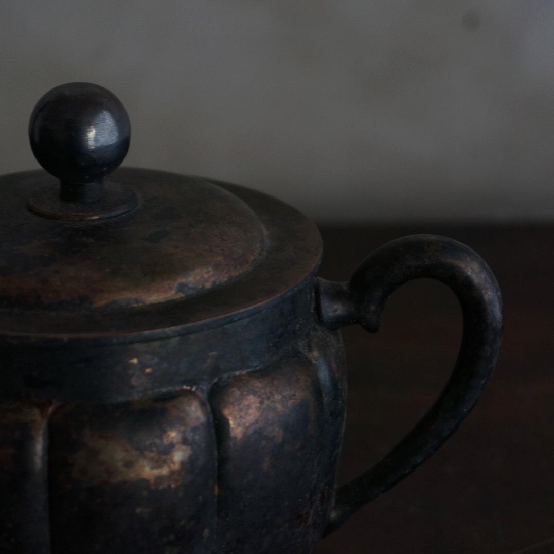 古い国産のシュガーポット