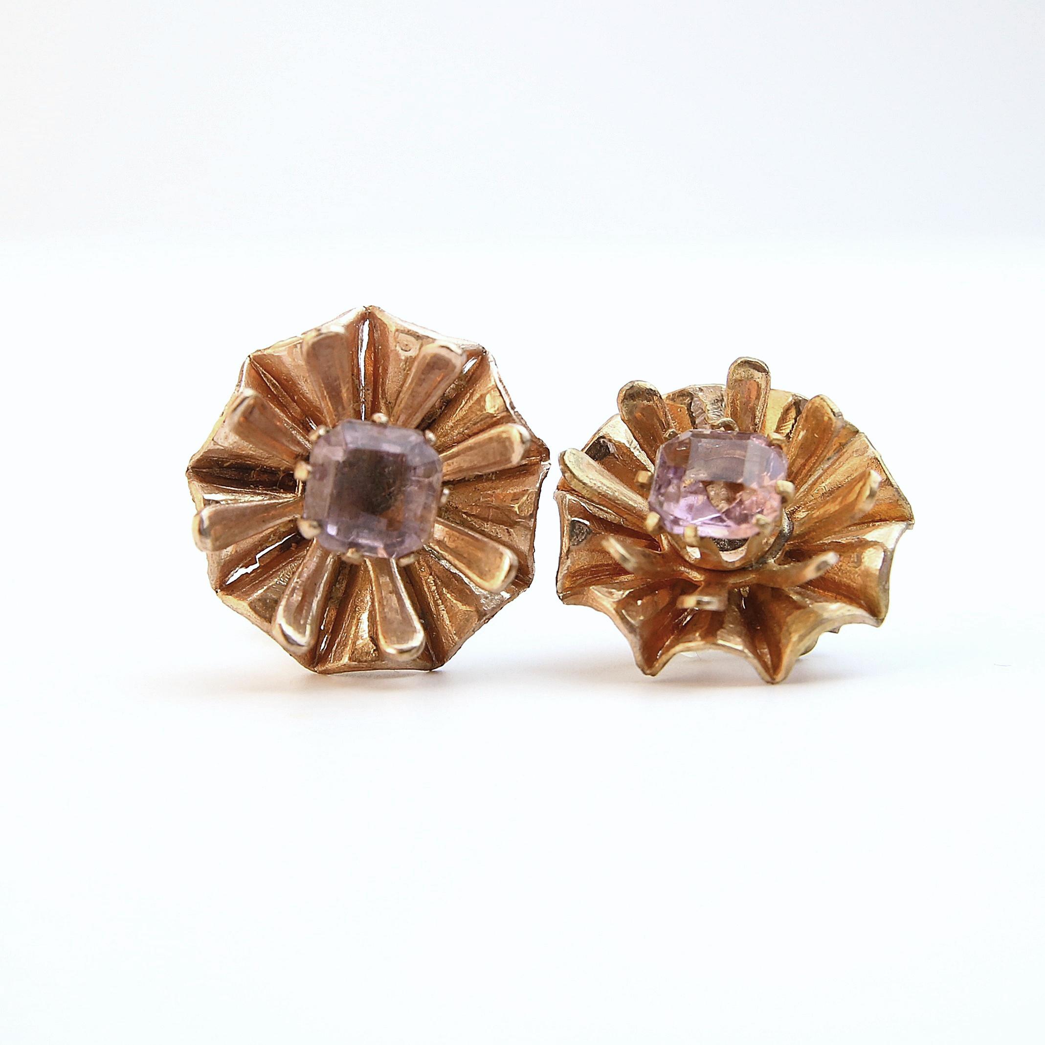 Pink flower vtg earrings B-048