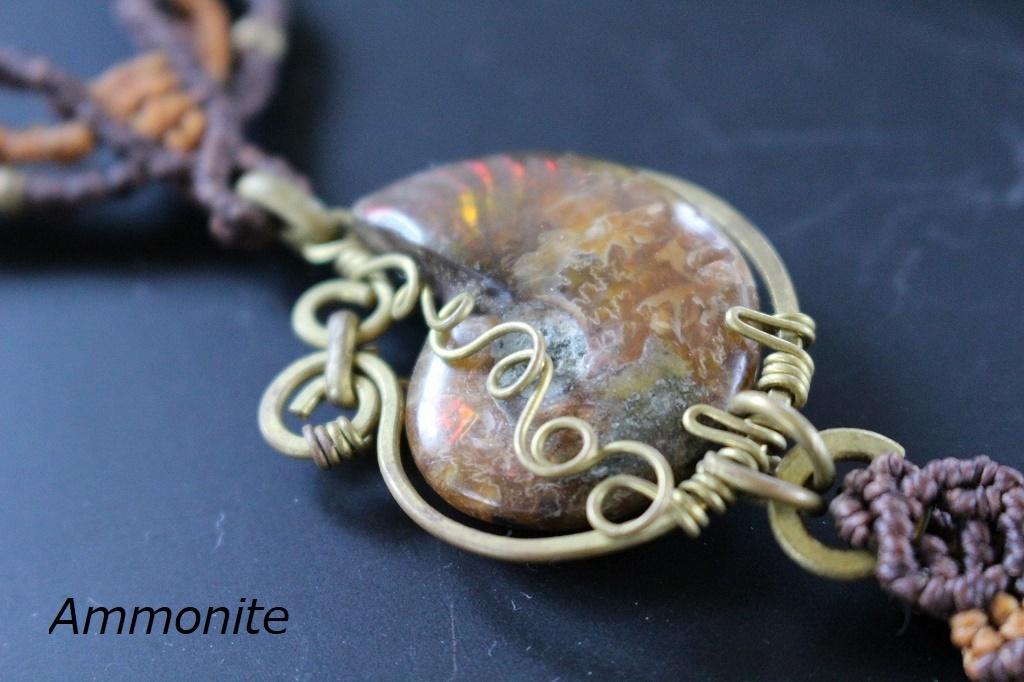 Fossilcoral Ammonite brass wire macrame necklace