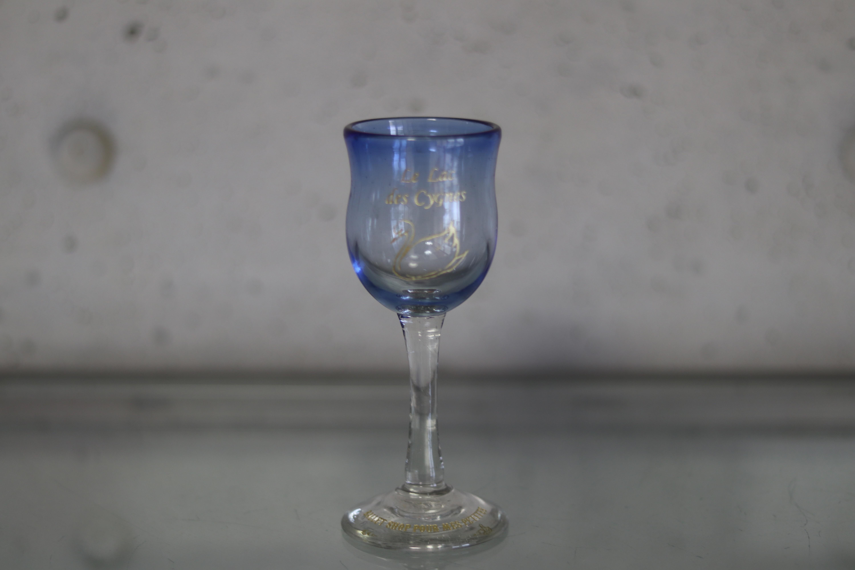 オリジナル琉球ガラス:ワイングラス スワン⑤