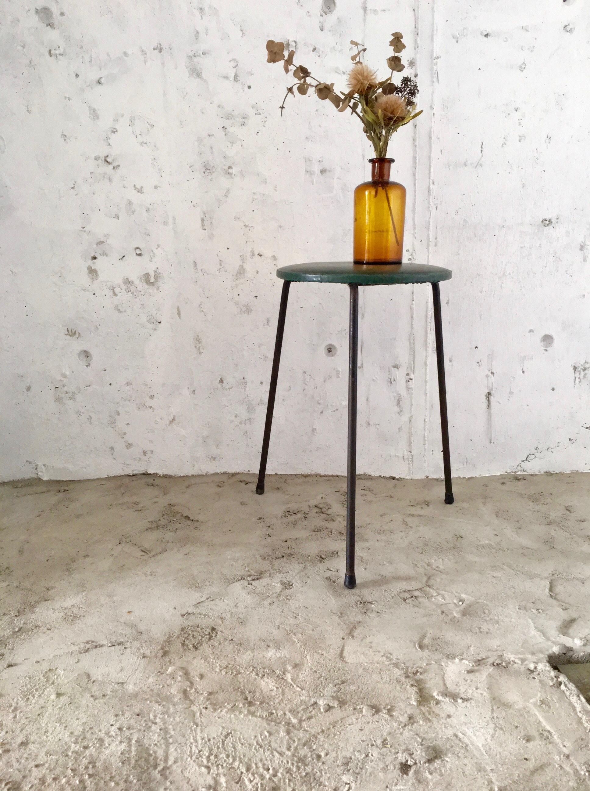 鉄脚スツール[古家具]