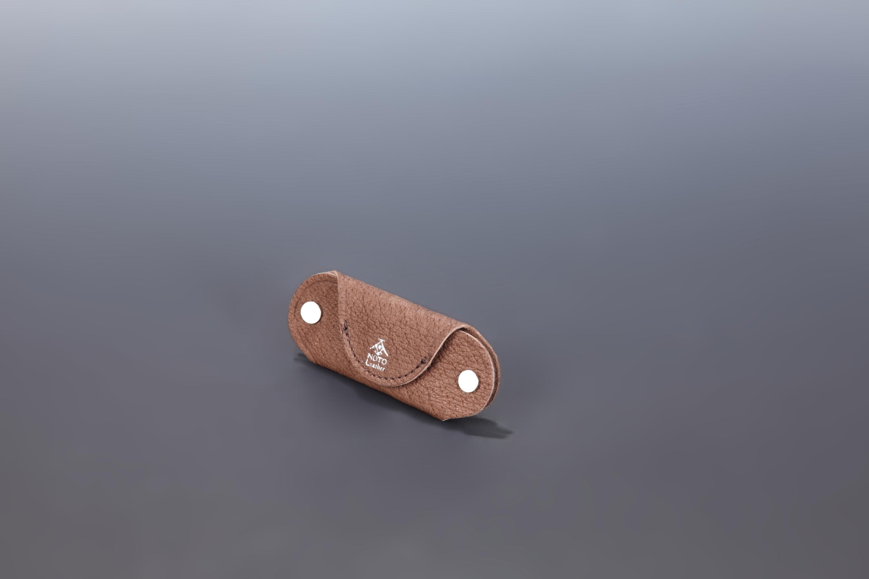 【国産イノシシ革】Designers Jewelry buff コラボキーケース(Dark brown)【NOTO Leather使用】