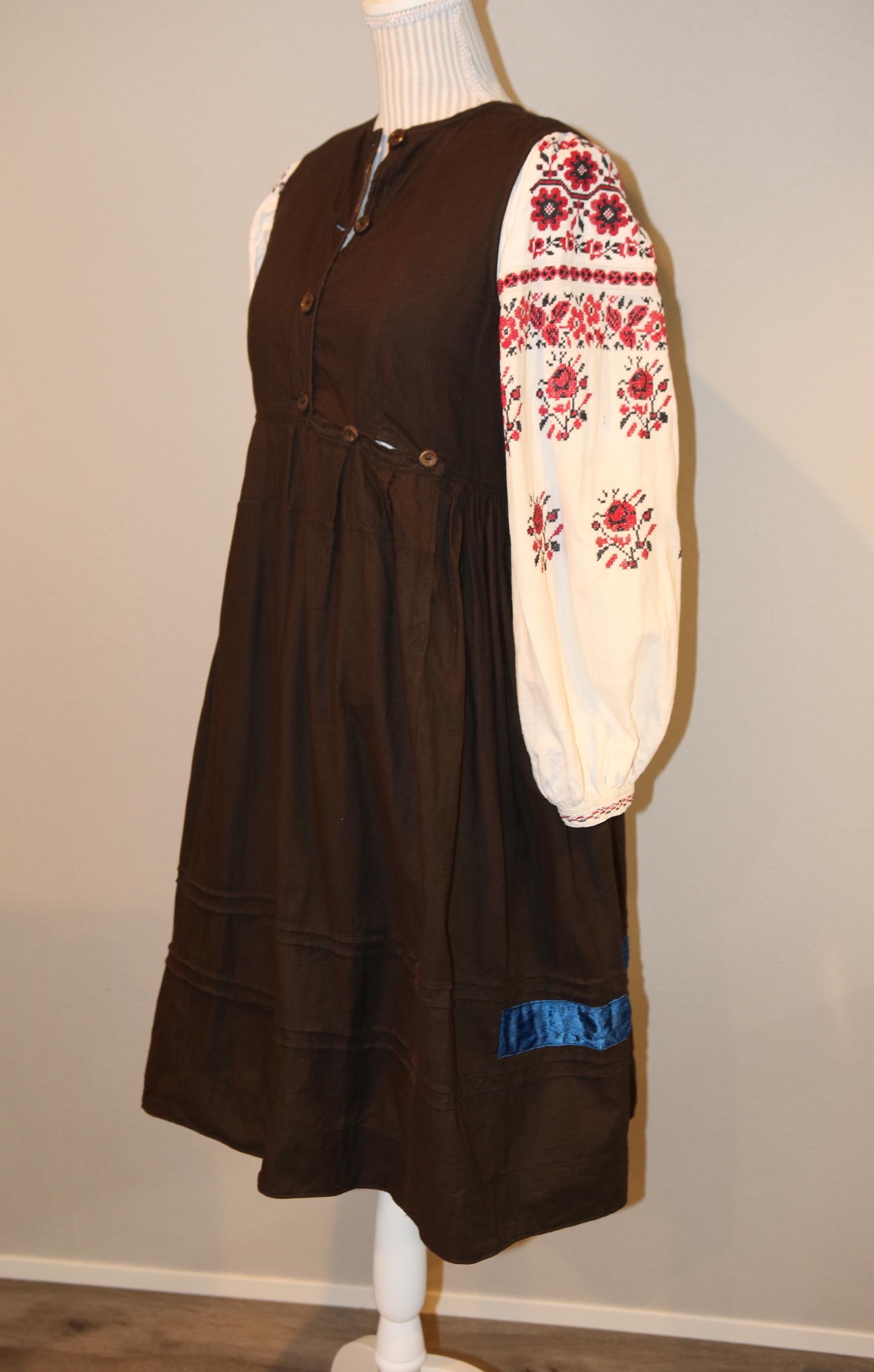 ウクライナ民族衣装