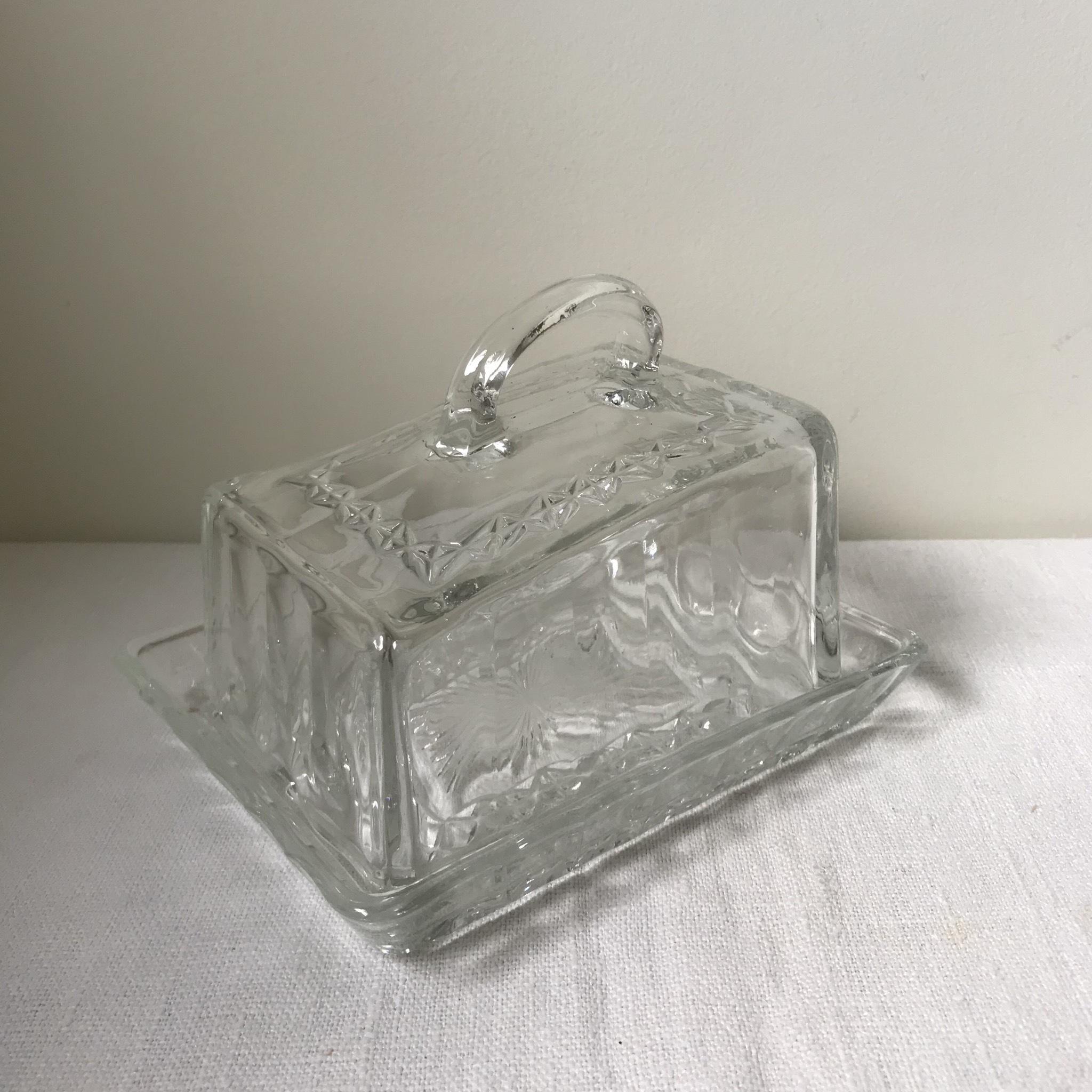 ガラスのバターケース