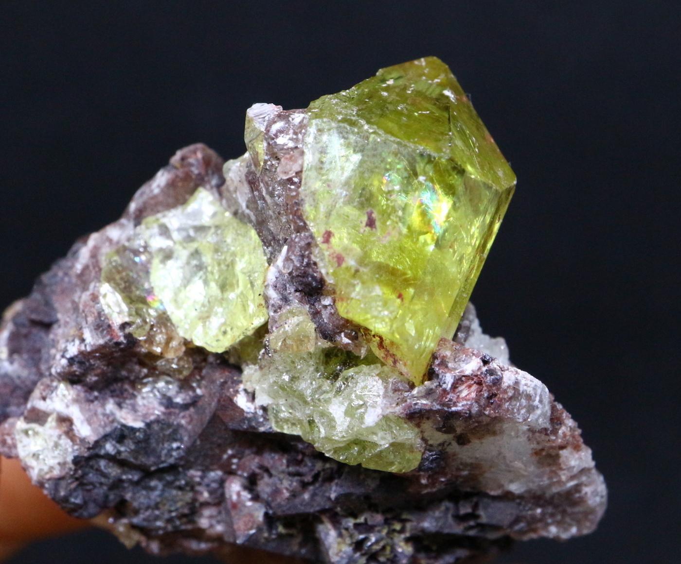 メキシコ産 アパタイト 母岩付き Apatite 39,7g AP006