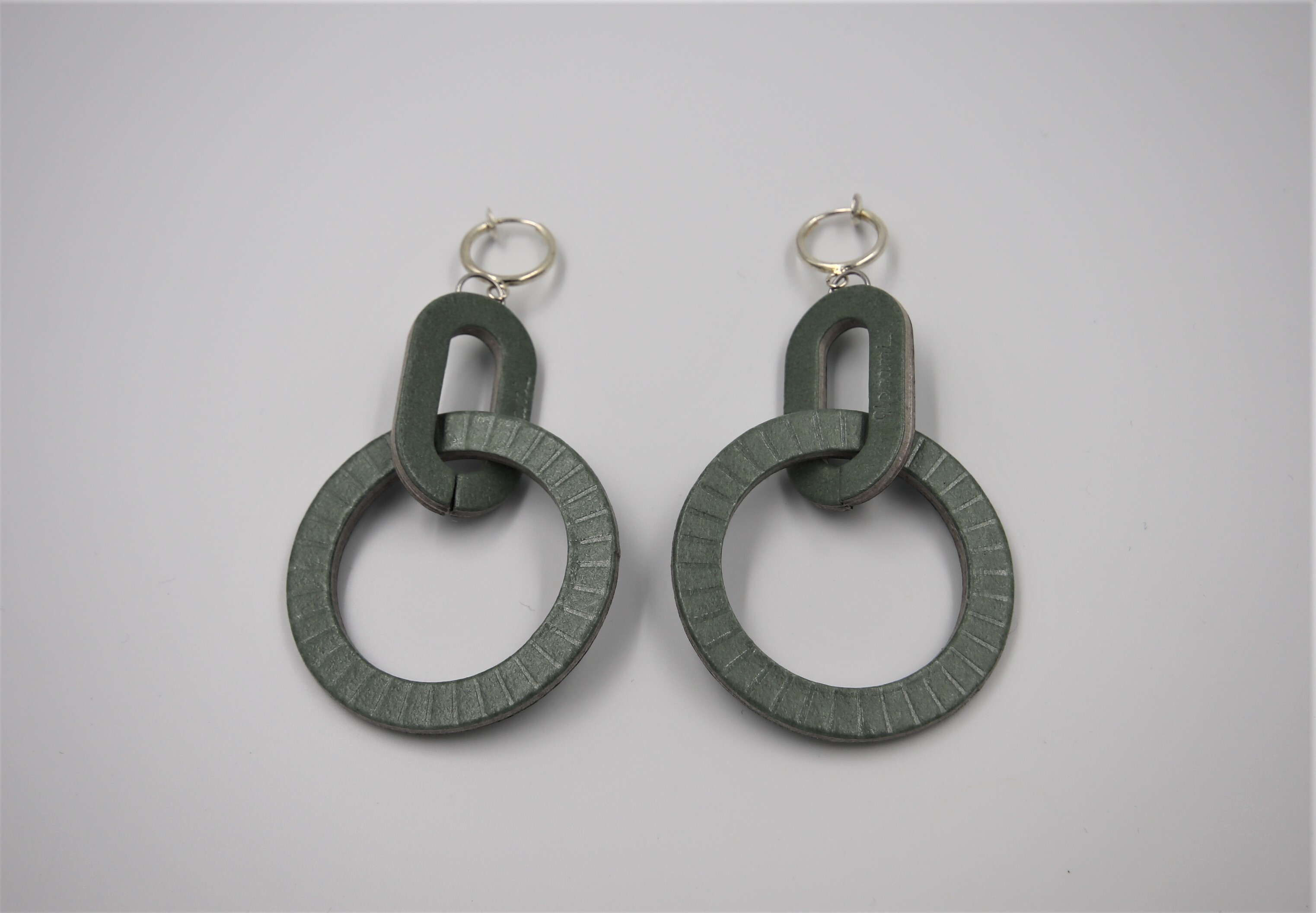 ilocami D-HOOP PIERCE/ EARRING【GREEN】